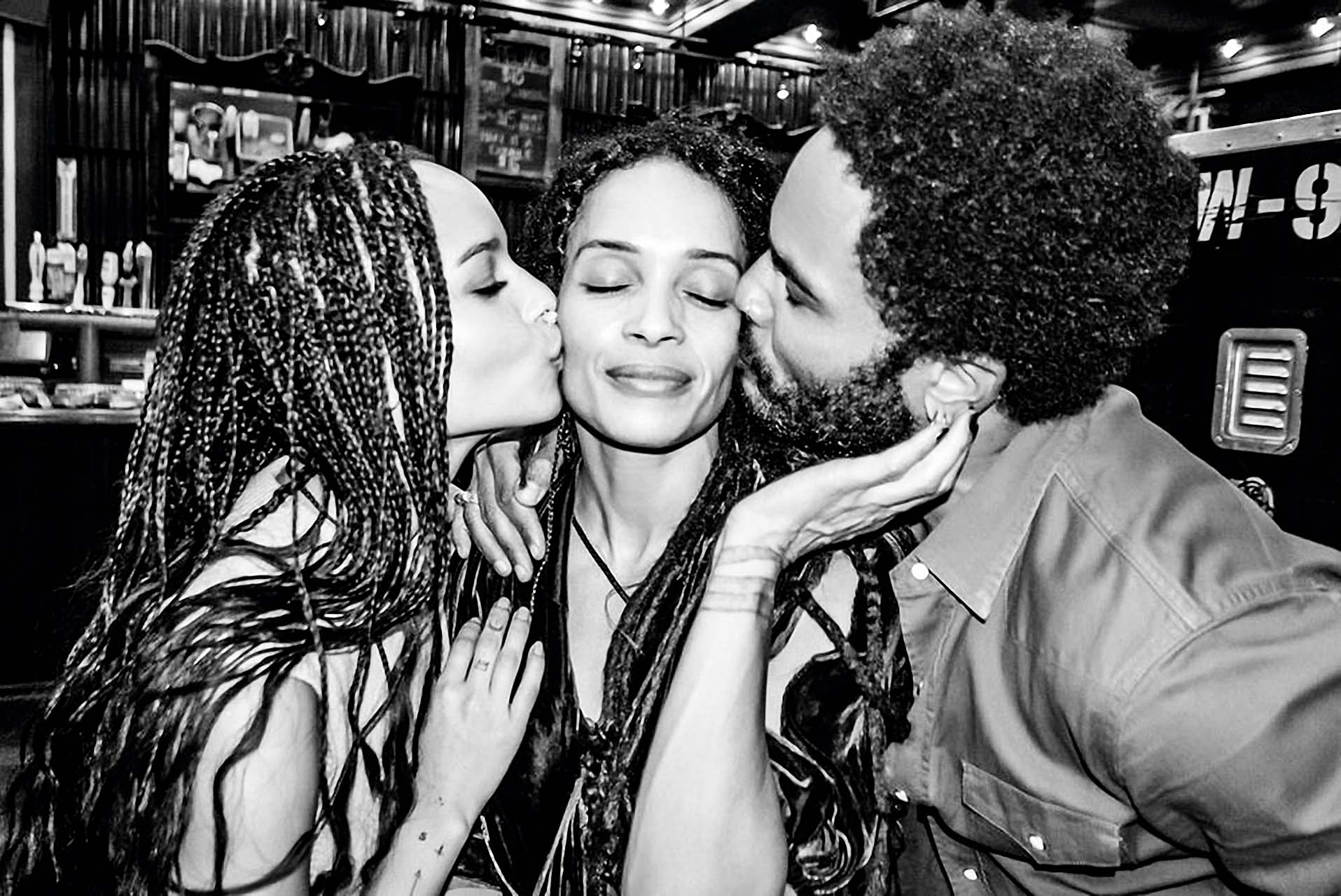 Lenny Kravitz has posted a photo on Twitter with the following remarks: Blood  Twitter, 2015-05-07 11:11:34.  Photo supplied by insight media. Service fee applies.  This is a private photo posted on social networks and supplied by this Agency. This Agency does not claim any ownership including but not limited to copyright or license in the attached material. Fees charged by this Agency are for Agency's services only, and do not, nor are they intended to, convey to the user any ownership of copyright or license in the material. By publishing this material you expressly agree to indemnify and to hold this Agency and its directors, shareholders and employees harmless from any loss, claims, damages, demands, expenses (including legal fees), or any causes of action or allegation against this Agency arising out of or connected in any way with publication of the material., Image: 242966318, License: Rights-managed, Restrictions: Photo supplied by insight media. For editorial use only. Single rate handling fee required., Model Release: no, Credit line: Profimedia, Insight Media