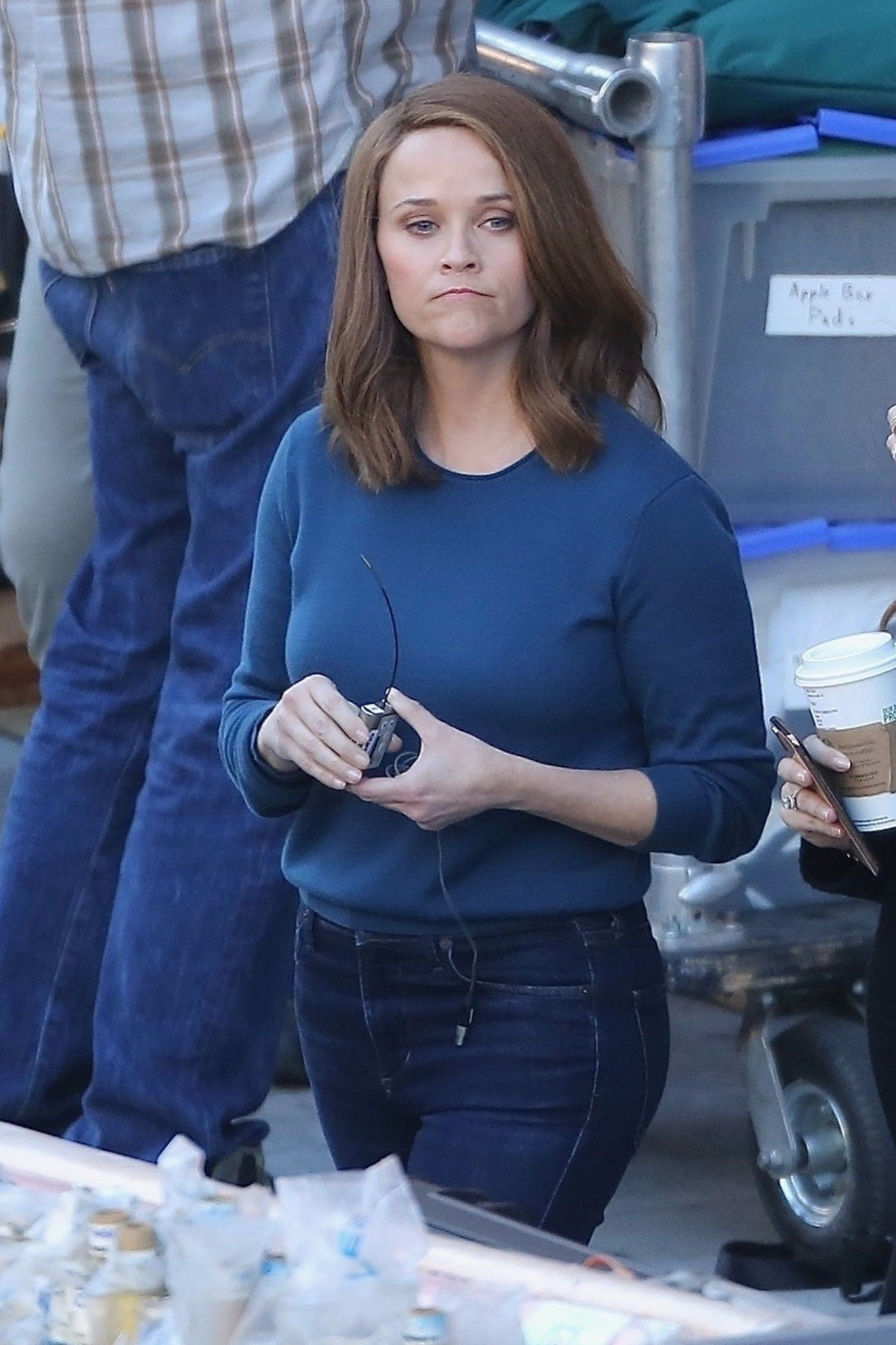 Los Angeles, CA  - *EXCLUSIVE*  - Reese Witherspoon shows off her brunette 'do for filming on 'The Morning Show.'  Pictured: Reese Witherspoon  BACKGRID USA 25 APRIL 2019, Image: 428391459, License: Rights-managed, Restrictions: , Model Release: no, Credit line: Profimedia, Backgrid USA