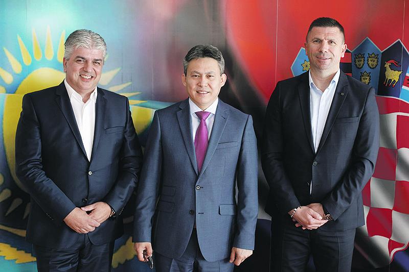 Mateo Tramontana, Tolezhan Barlybayev i Ivica Pirić, predstavnik Kazahinvesta