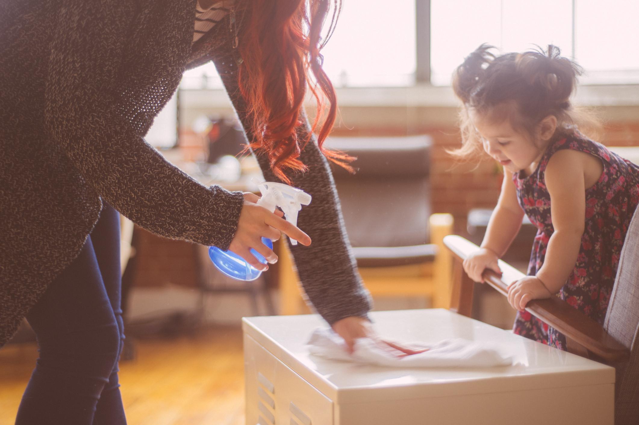 Dobiti pomoć od djece u kućanskim poslovima ponekad je izazov.