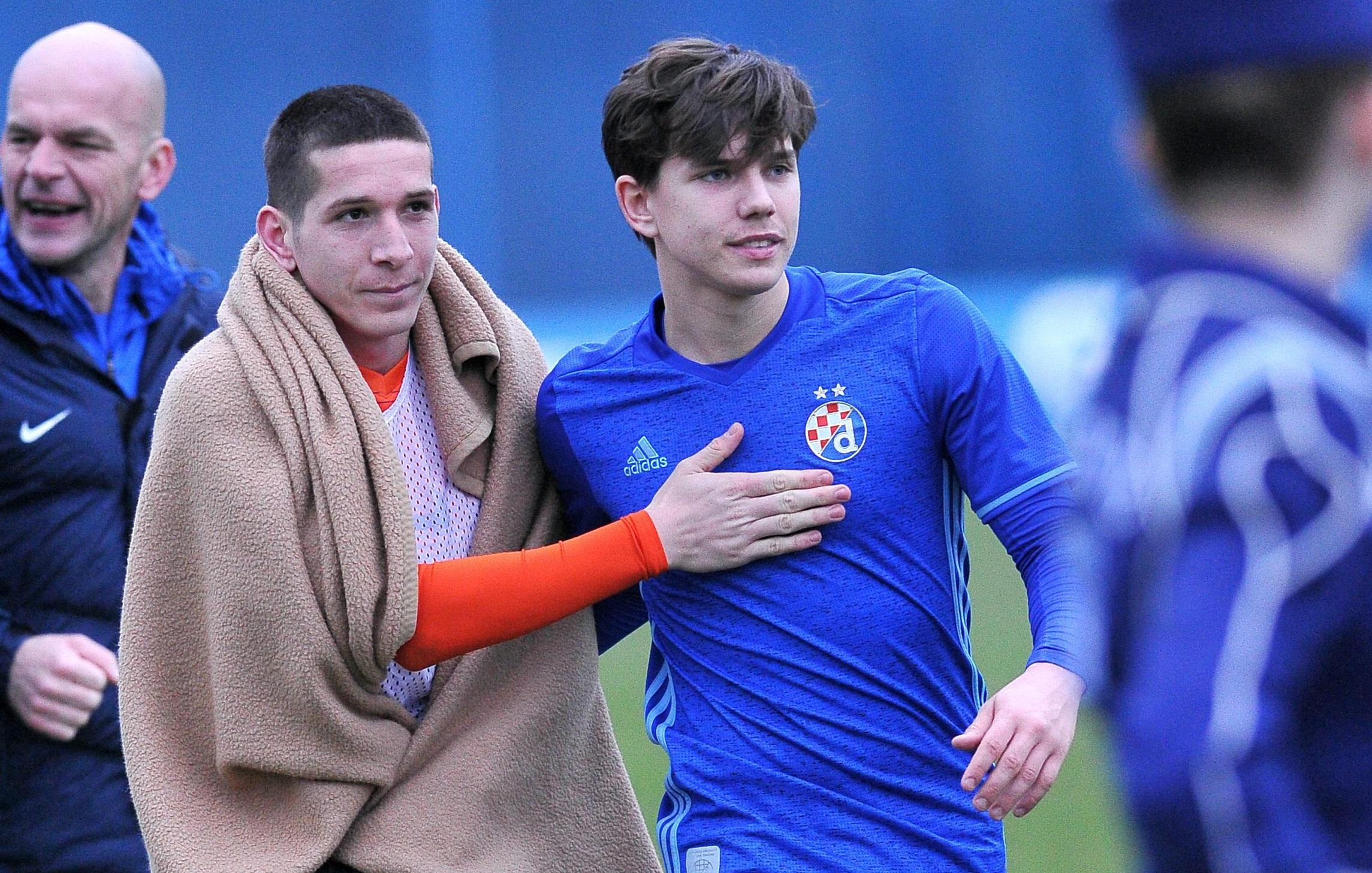 Lirim Kastrati (lijevo) u društvu Ante Ćorića nakon dvoboja Dinama i Lokomotive u ožujku 2018.