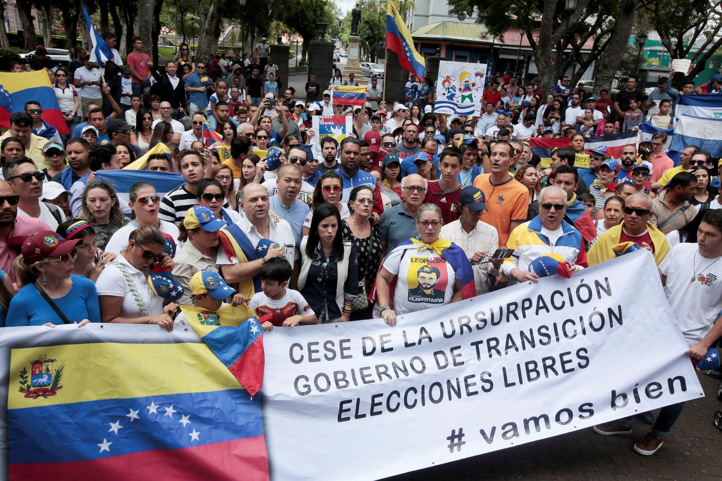 2019-05-01T202928Z_146053706_RC1E1E6409C0_RTRMADP_3_VENEZUELA-POLITICS-COSTARICA