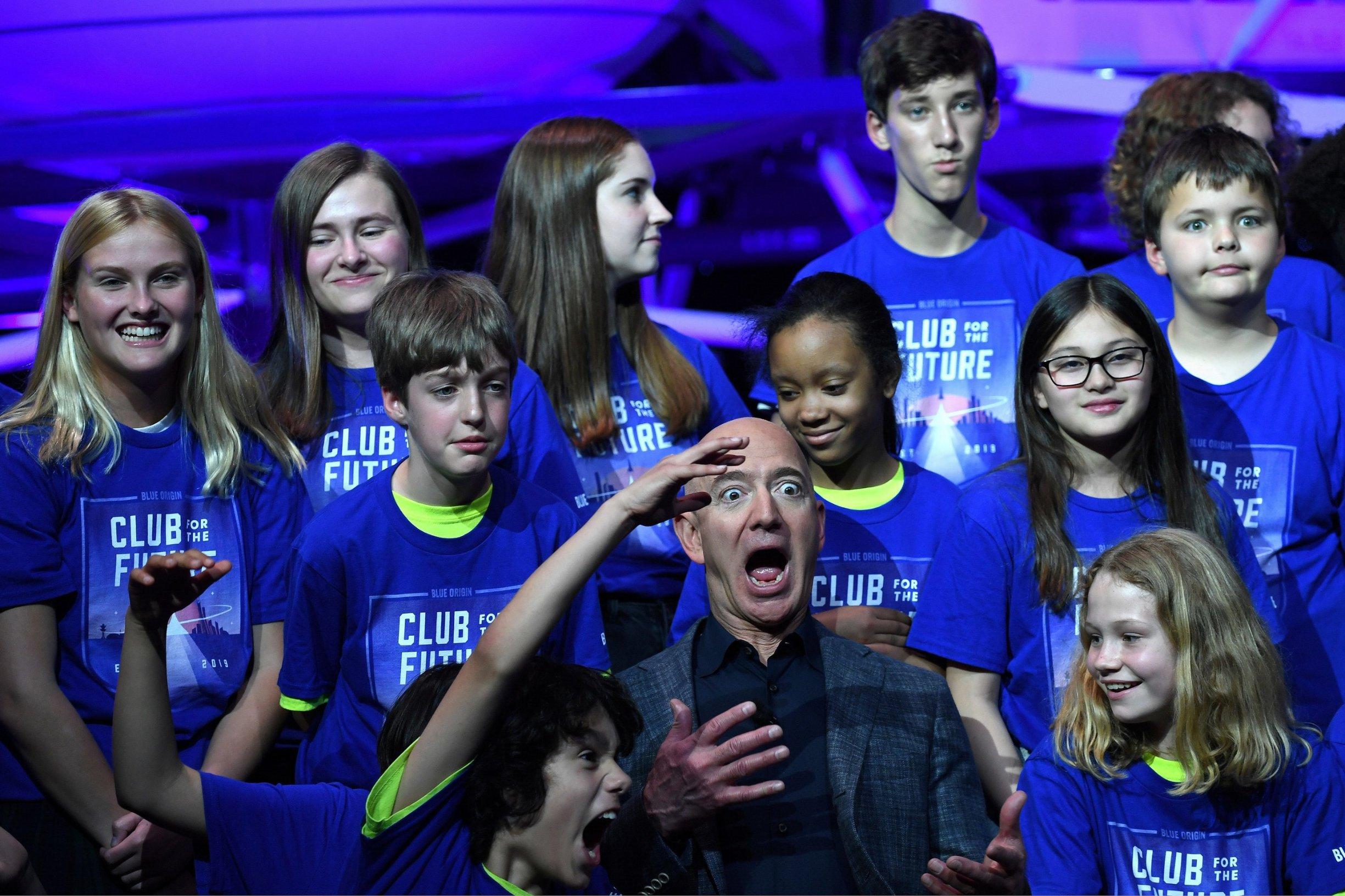 Jeff Bezos predstavio je Blue Moon