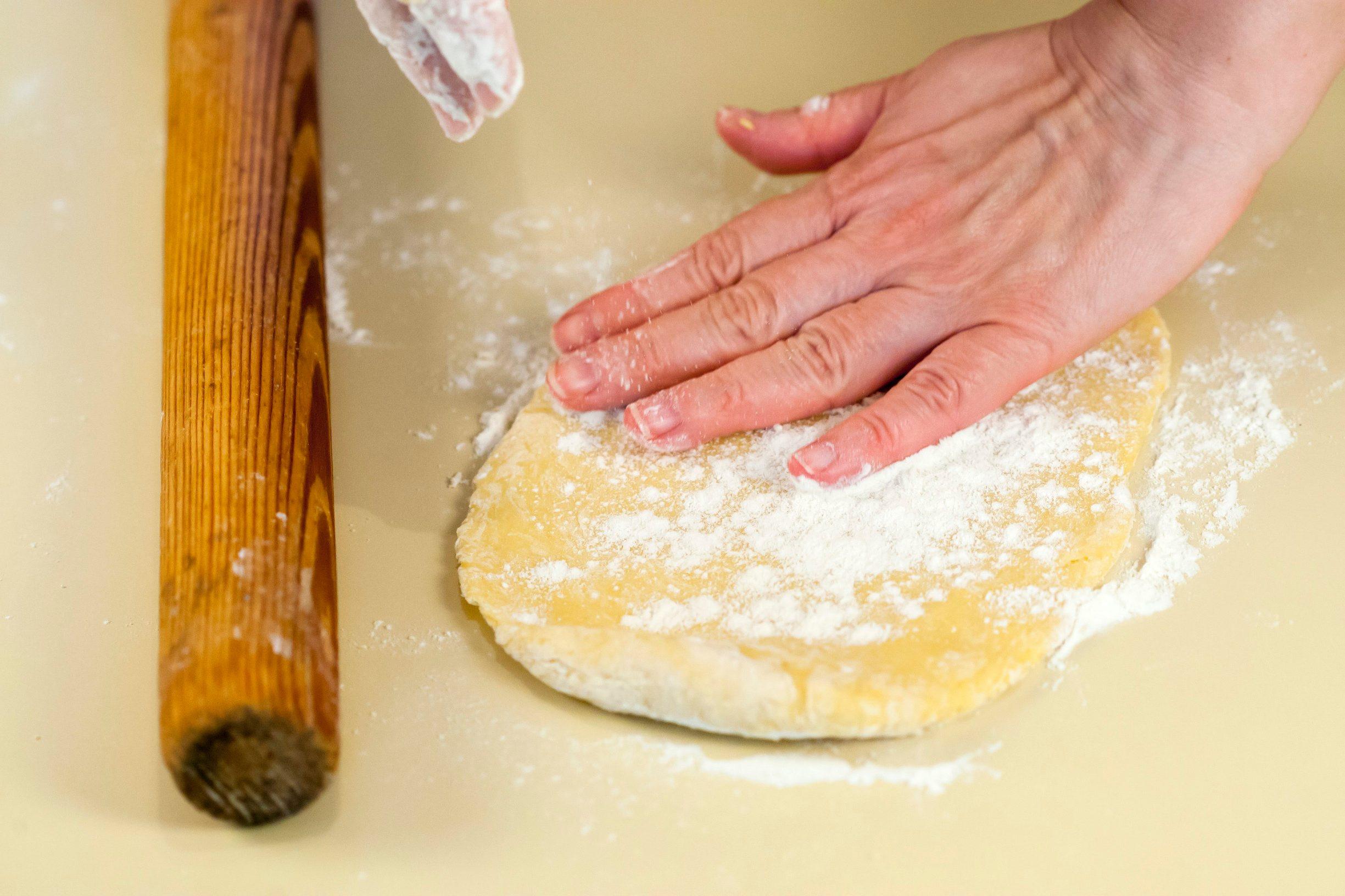 Rab, 160419. Izrada rapske torte. Na fotografiji: rapska torta. Foto: Tomislav Kristo / CROPIX