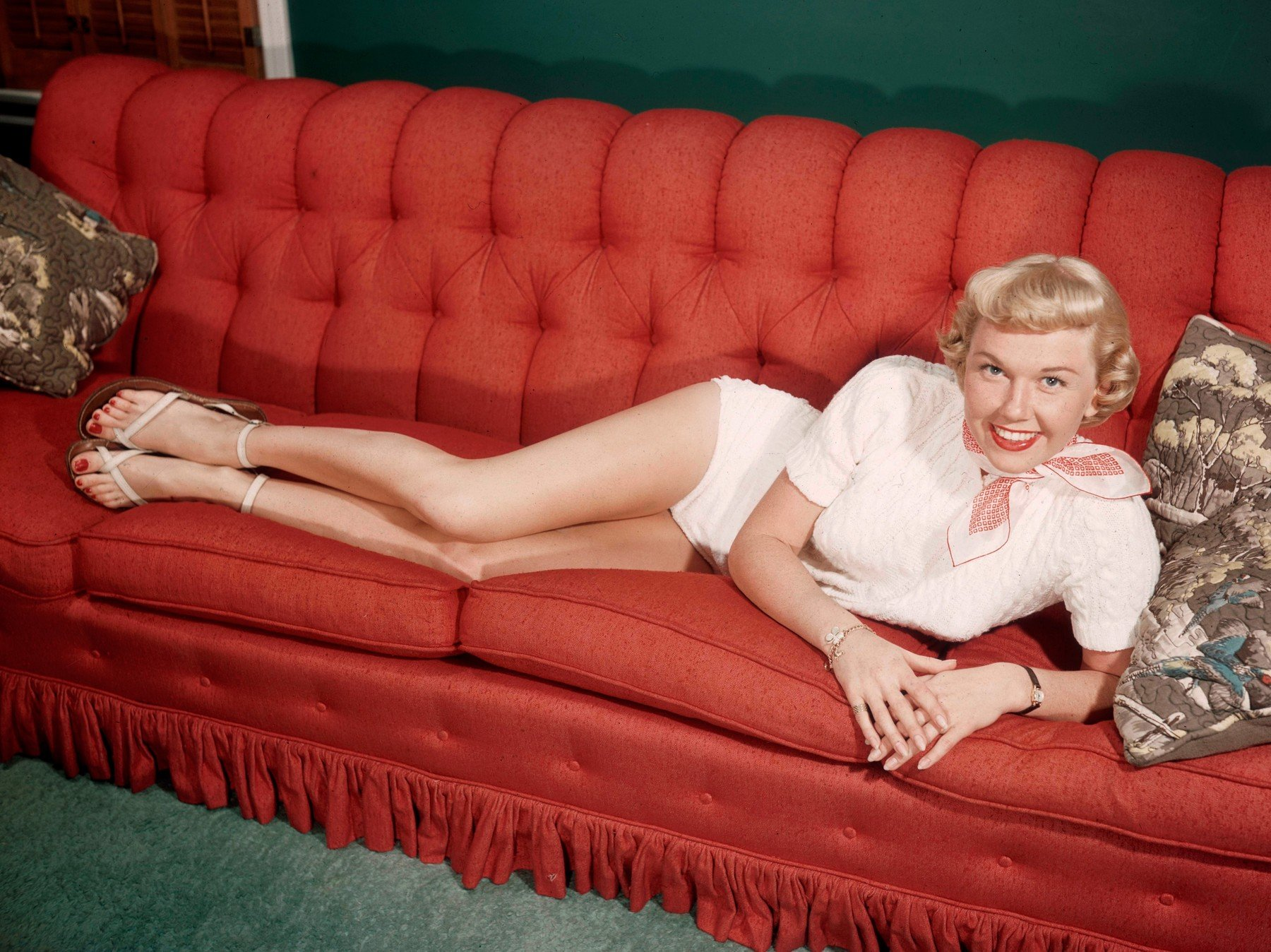 Doris Day circa 1945, Image: 218593721, License: Rights-managed, Restrictions: For Editorial Use Only -, Model Release: no, Credit line: Profimedia, Hollywood Archive