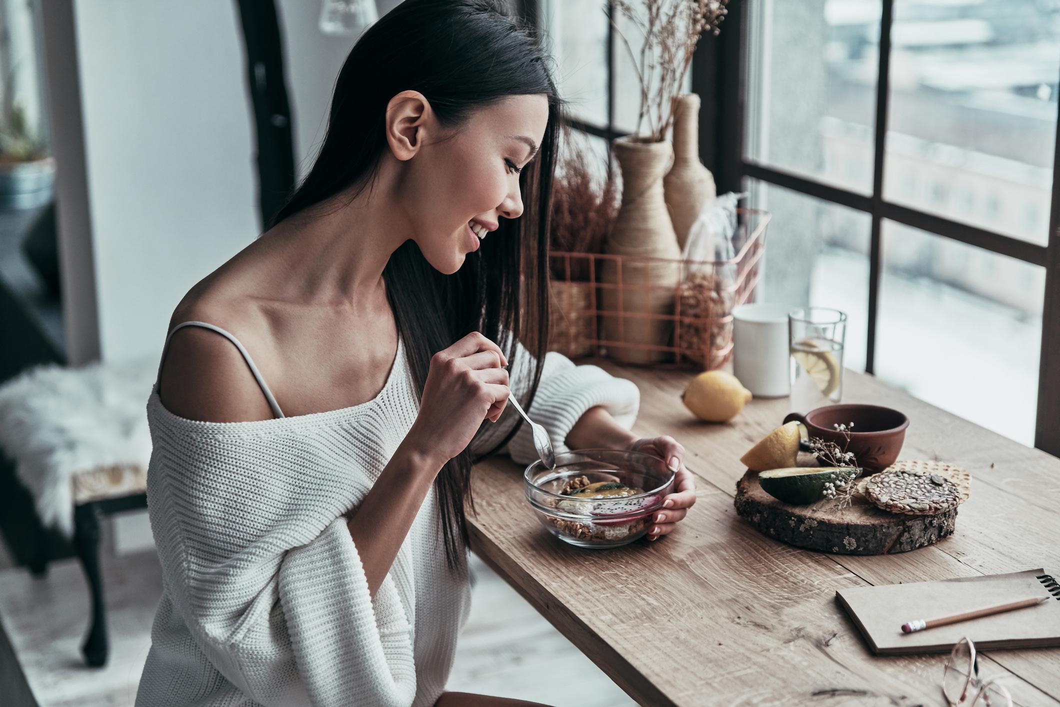 Nemojmo se pretrpavati, jedimo gospodski po malo. Naučimo osjetiti sitost.