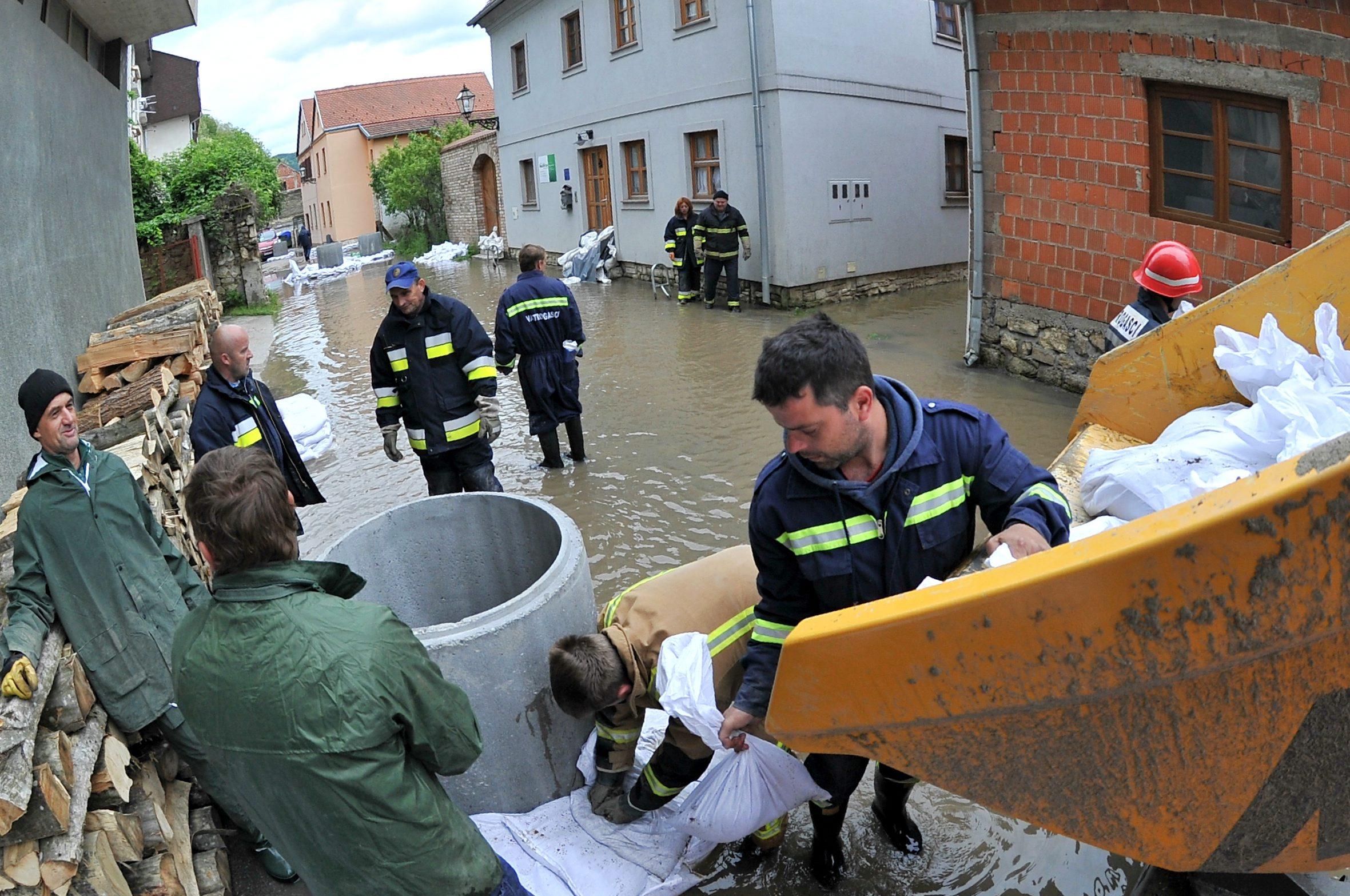 kostajnica_poplava9-140519_2