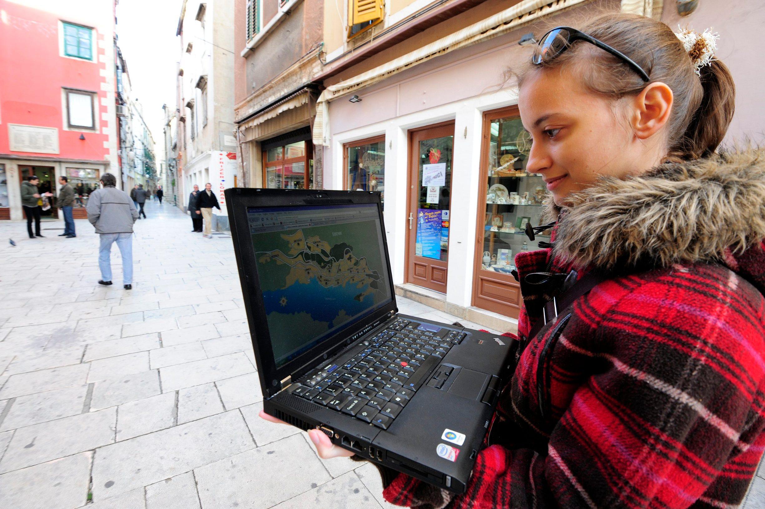 Ilustracija: Besplatni gradski WiFi