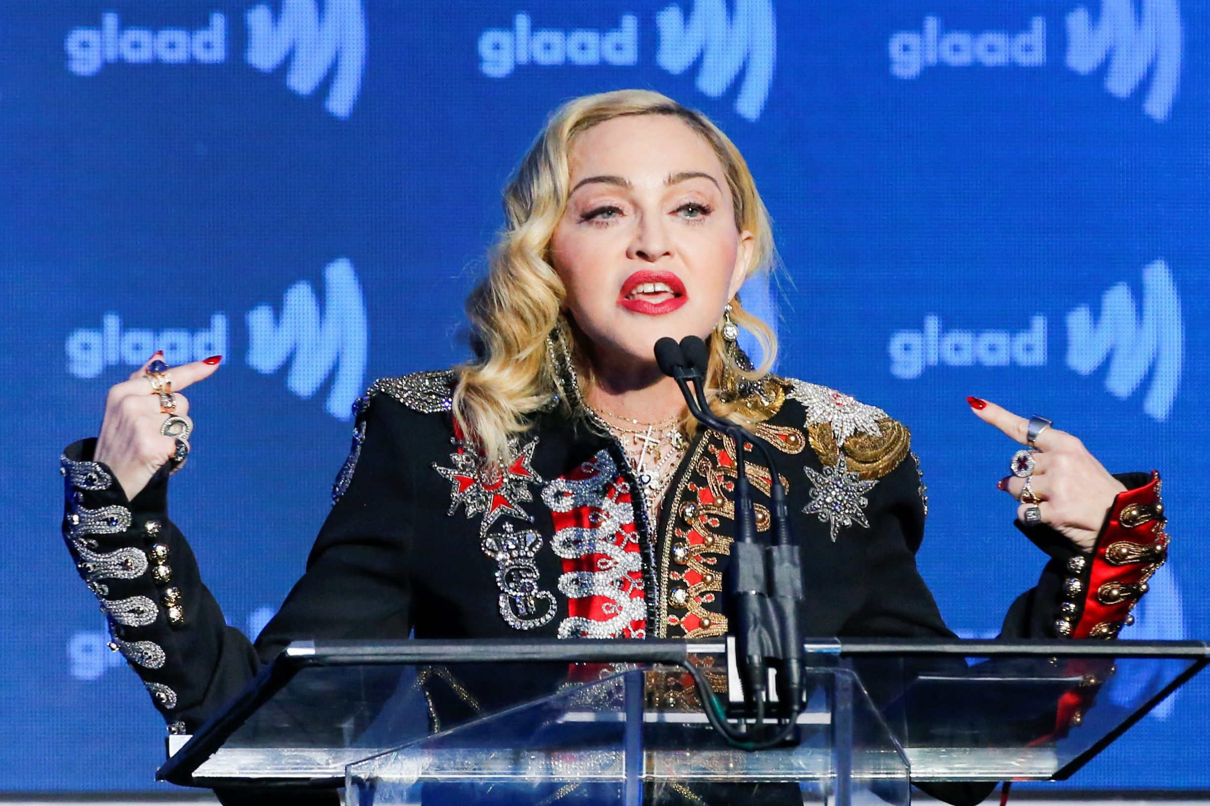 2019-05-05T023157Z_167322750_RC1D62A710D0_RTRMADP_3_AWARDS-GLAAD-MADONNA
