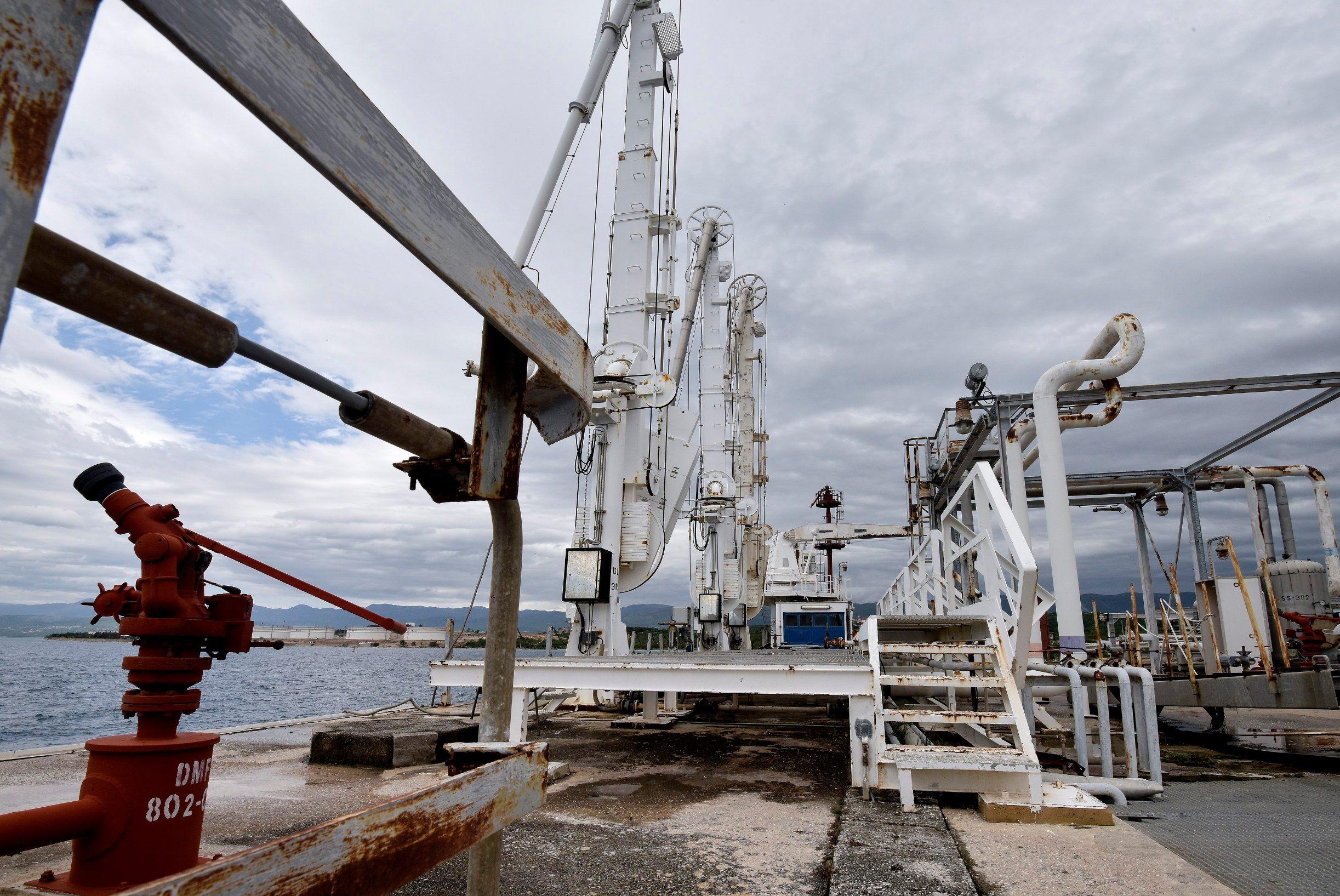 Dio postrojenja na Krku koje će se koristiti za LNG terminal za ukapljeni plin