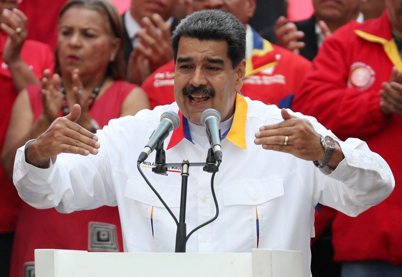 2019-05-20T202849Z_1964065346_RC1B60C69550_RTRMADP_3_VENEZUELA-POLITICS