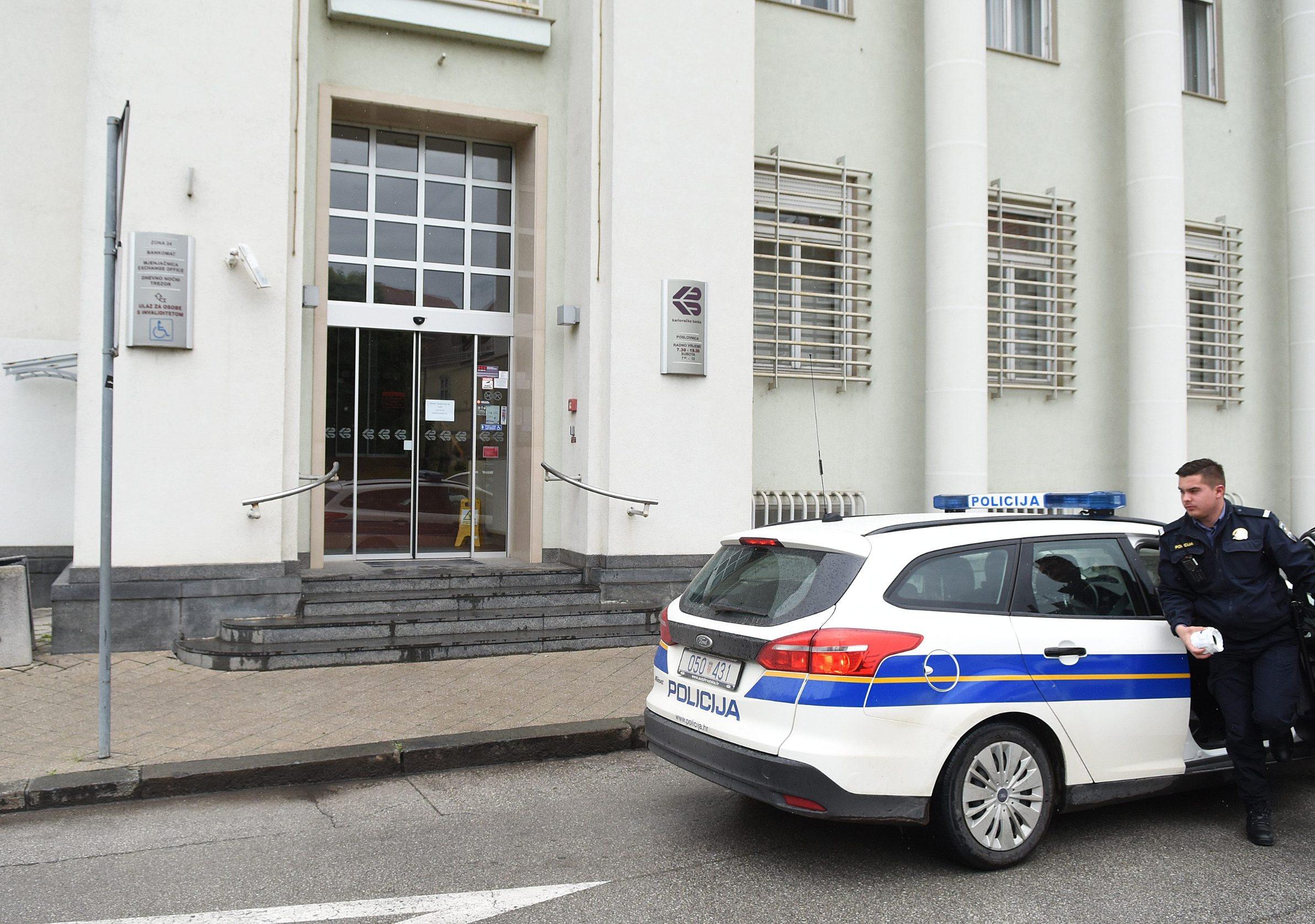 Pljačka u Karlovačkoj banci