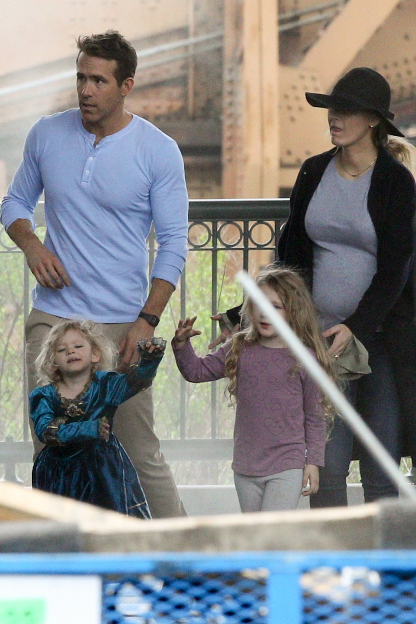 *EXCLUSIVE* Boston, MA  - Pregnant Blake Lively brings her daughters Inez and James to visit Ryan Reynolds on the set of 'Free Guy' in Boston, MA  BACKGRID USA 25 MAY 2019, Image: 437025979, License: Rights-managed, Restrictions: , Model Release: no, Credit line: Profimedia, Backgrid USA