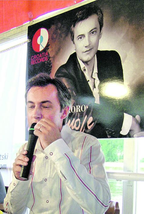 osijek,030903 miroslav skoro na promociji svog albuma milo moje foto:ivica pejic -ziv-