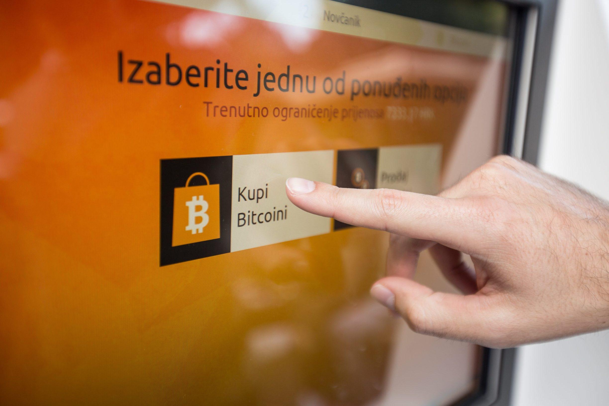 juniorski trgovac bitcoinima usa mt4 broker binarnih opcija mt4 stručni savjetnik