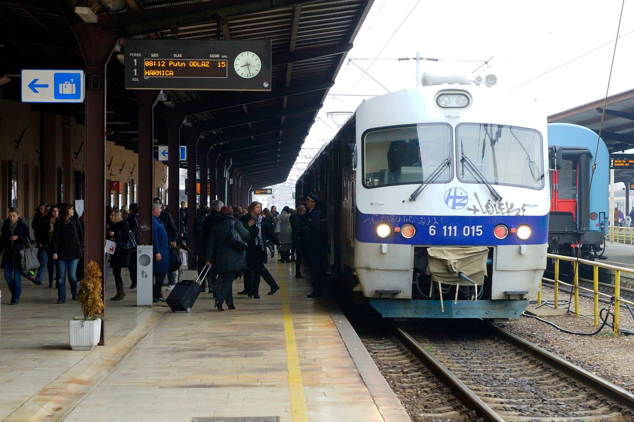 Vlak HŽ-a, ilustracija
