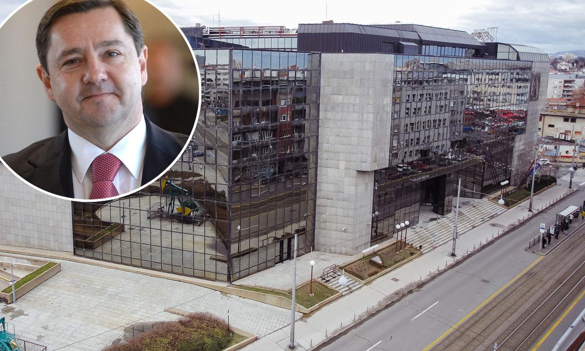Andrija Mikulić (u krugu), zgrada u koju će se useliti Državni inspektorat (na glavnoj fotografiji)