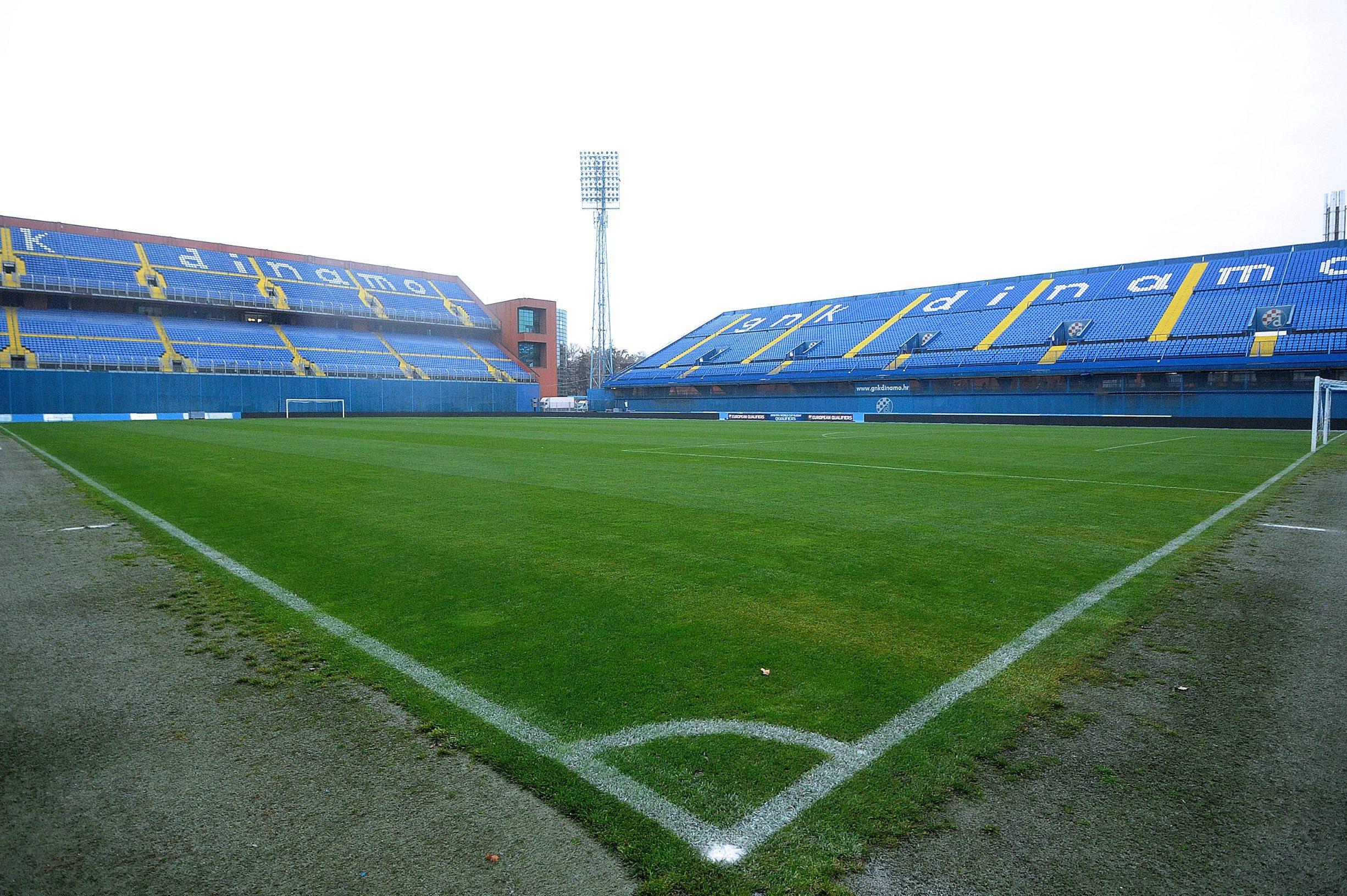Zagreb, 061117. Stadion Maksimir. Maksimirski travnjak pripremljen i sprema za utakmicu Hrvatska - Grcka. Na fotografiji: travnjak u Maksimiru. Foto: Damir Krajac / CROPIX