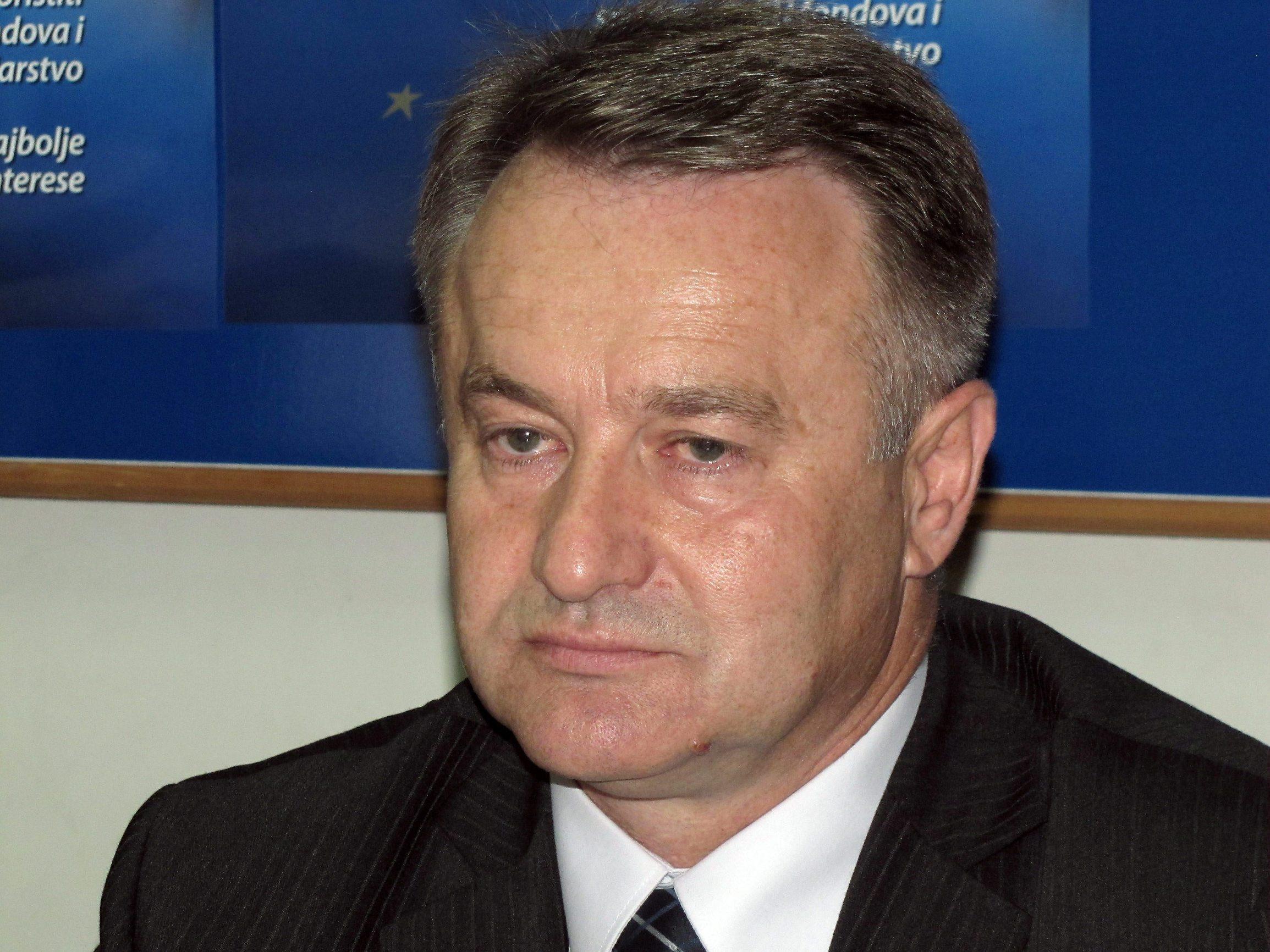 Jutarnji list - OPORBA TRAŽI OSTAVKU ŽUPANA ŽINIĆA 'Drsko je prekršio mjere  državnog stožera za civilnu zaštitu'