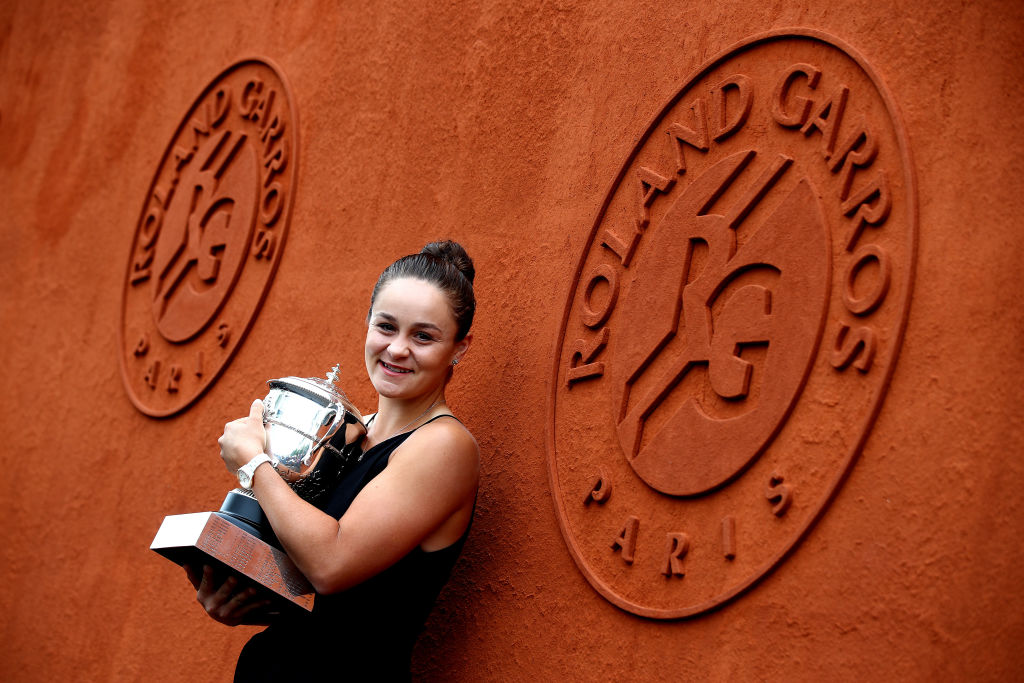 PARIS, FRANCE - JUNE 09: Winner of the womens singles Ashleigh Barty of Australia poses for a photo with the winners trophy during Day fifteen of the 2019 French Open at Roland Garros on June 09, 2019 in Paris, France. (Photo by Julian Finney/Getty Images)