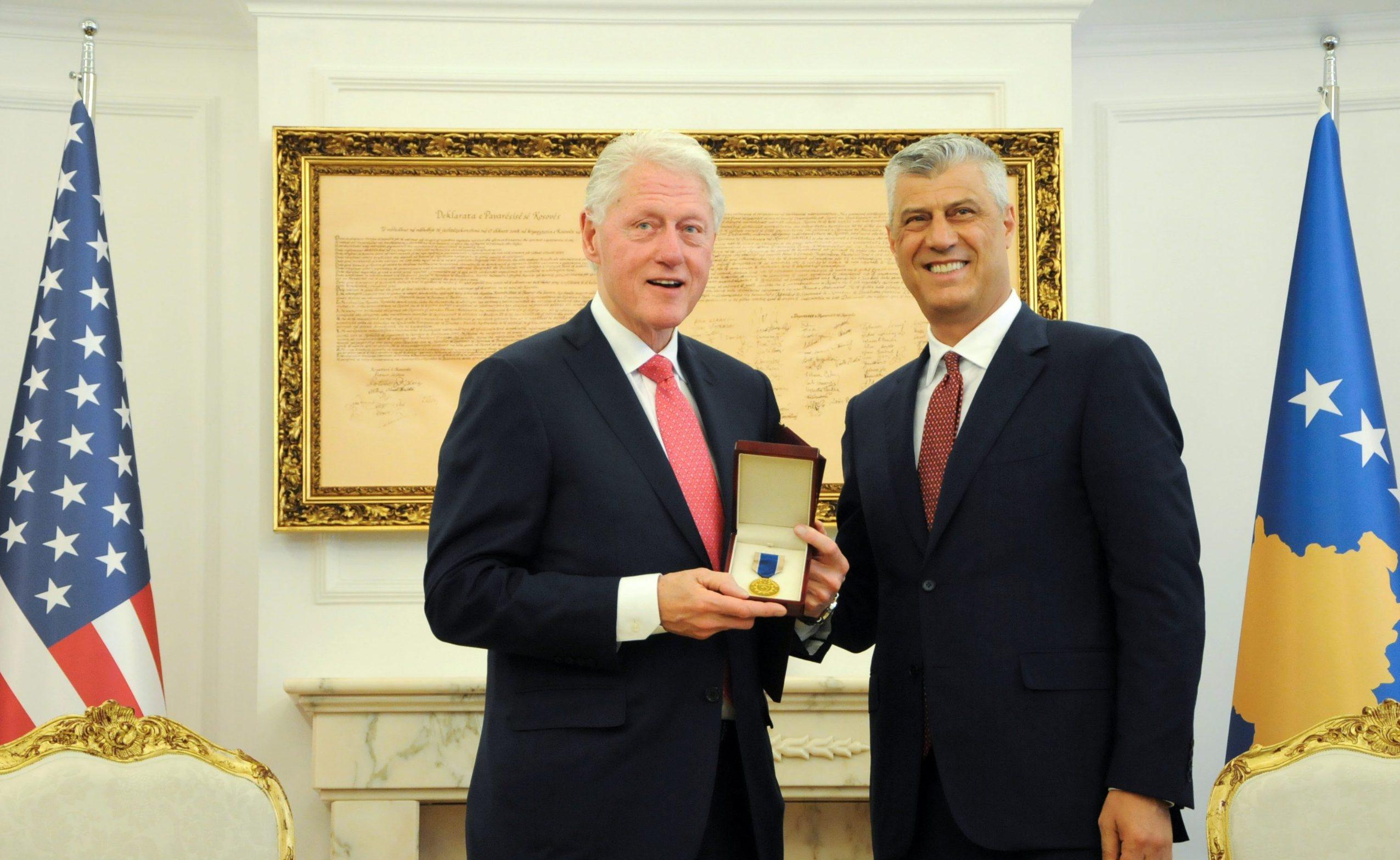 Bill Clinton i Hashim Thaci