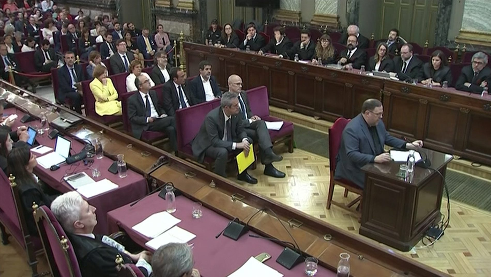 2019-06-12T150410Z_181467617_RC1DC4477420_RTRMADP_3_SPAIN-POLITICS-CATALONIA