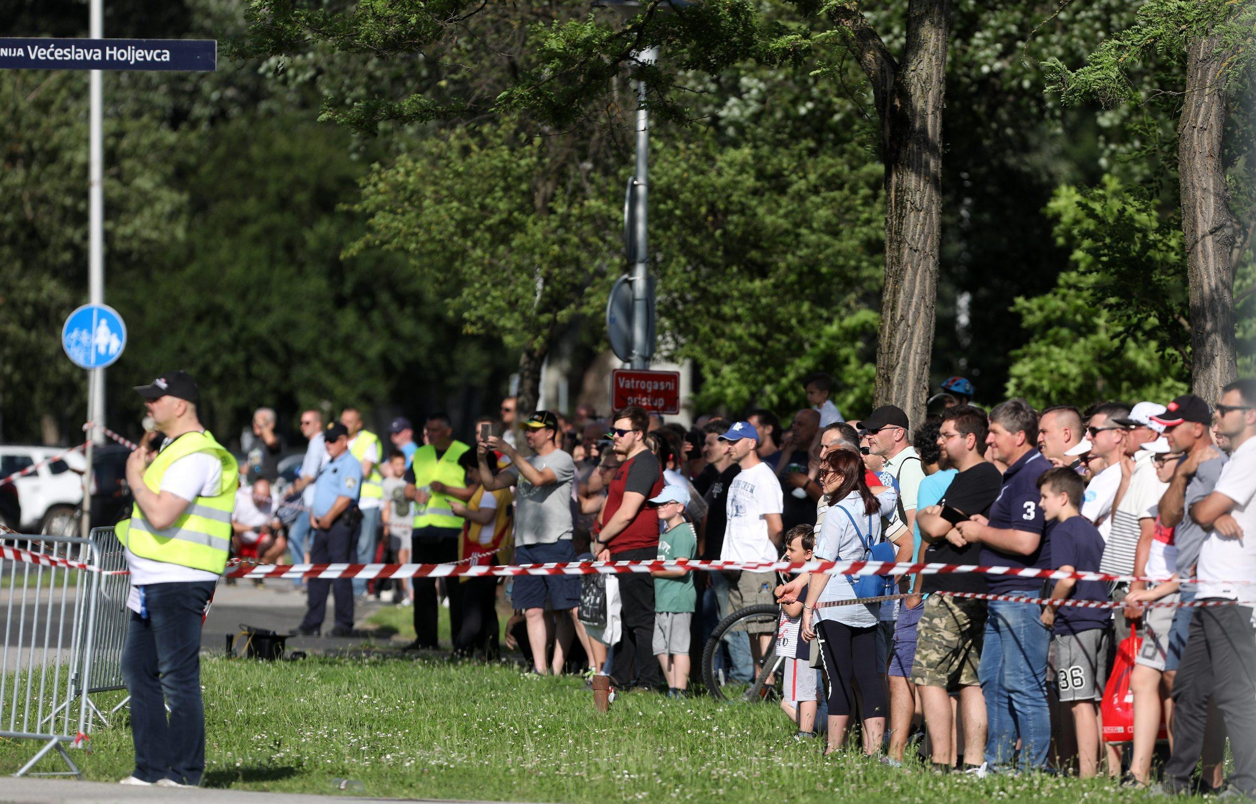 Zagreb, 070619. Ina, Velesajam. Utrka Ina Delta rally, brzinski ispit oko parkiralista na Velesajmu. Foto: Ranko Suvar / CROPIX