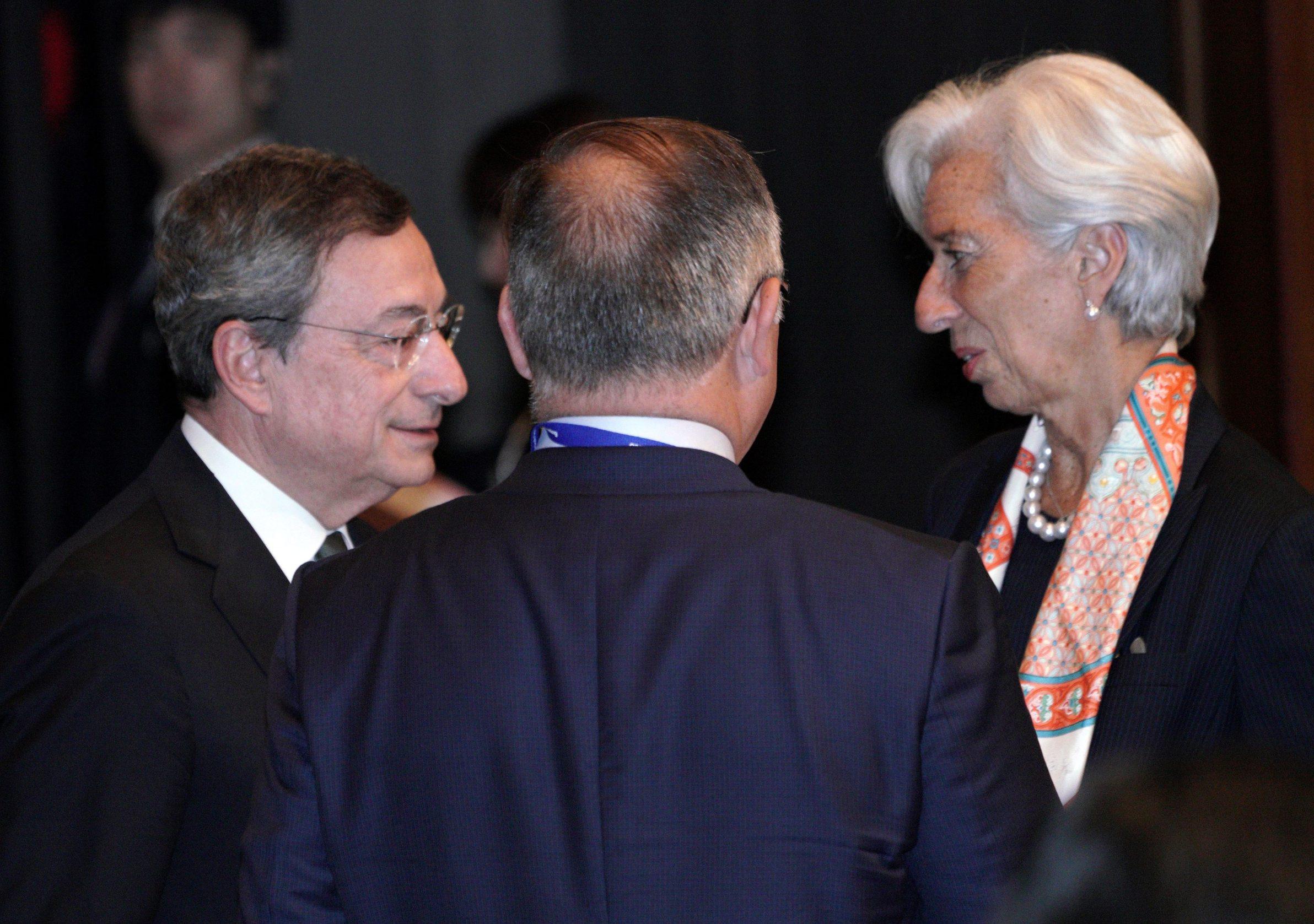 Christine Lagarde (desno), predsjednika MMF-a i Mario Draghi (lijevo), predsjednik Europske središnje banke ustrajno rade na stabilnosti eurozone, ali i cijele EU