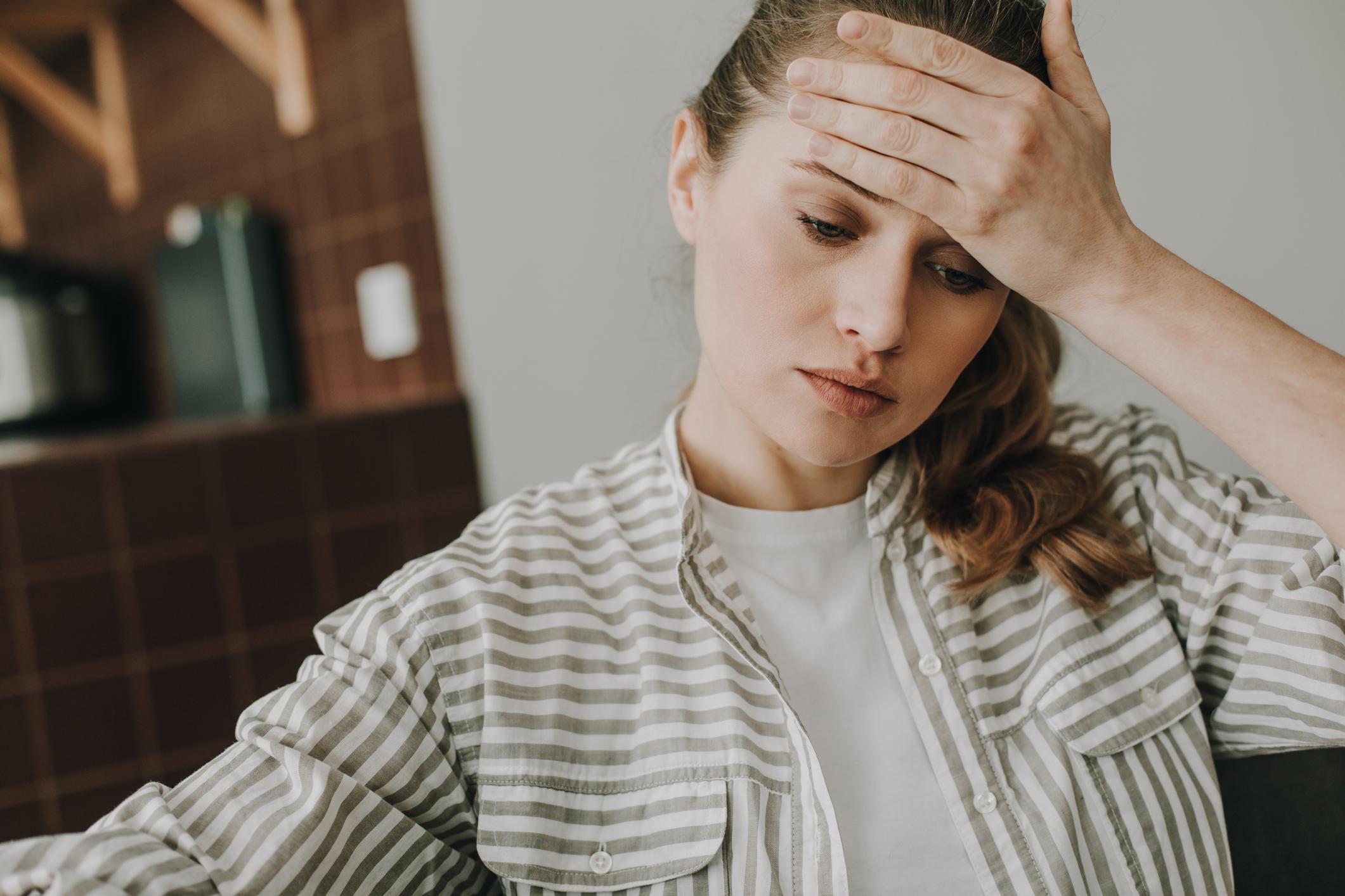 Migrena je jedna od najčešćih vrsta glavobolje koja se javlja periodično.