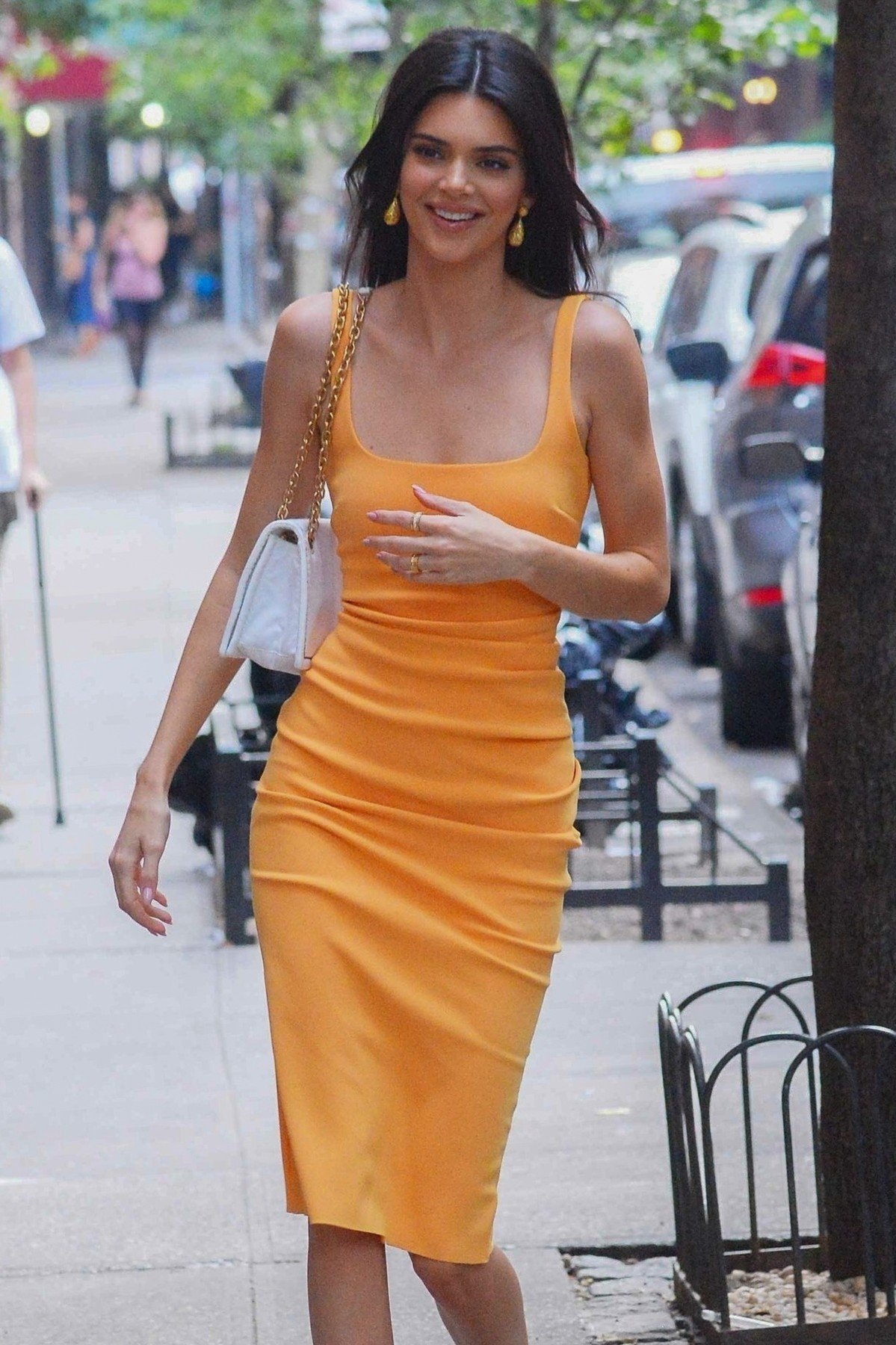 New York, NY  - Kendall Jenner shows off her sensational smile on an outing in New York in a stylish dress and heels carrying a white Prada purse.  *UK Clients - Pictures Containing Children Please Pixelate Face Prior To Publication*, Image: 448819658, License: Rights-managed, Restrictions: , Model Release: no, Credit line: Profimedia, Backgrid USA