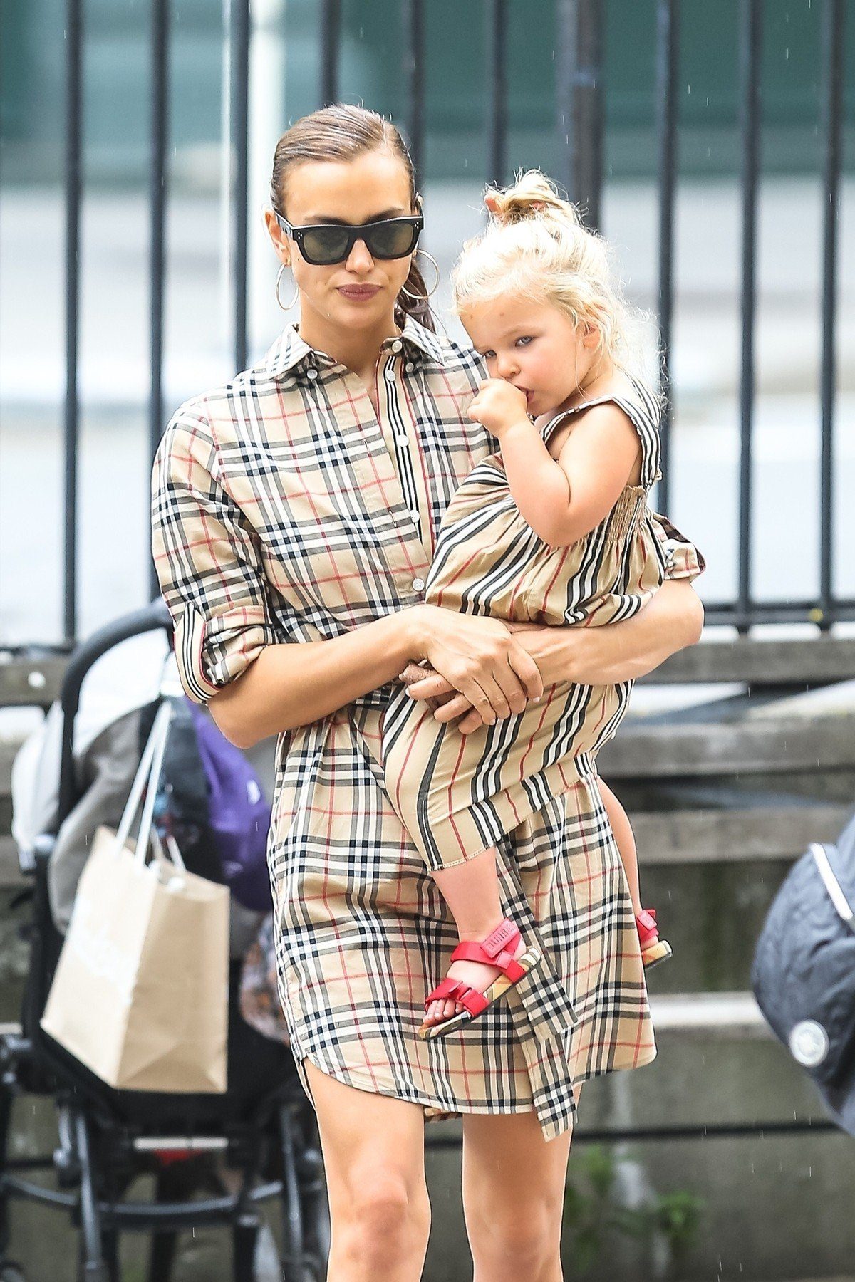 New York, NY  - Irina Shayk enjoys time with her daughter after breaking up with Bradley Cooper. The duo are seen enjoying their day at the park together.  *UK Clients - Pictures Containing Children Please Pixelate Face Prior To Publication*, Image: 448732309, License: Rights-managed, Restrictions: , Model Release: no, Credit line: Profimedia, Backgrid USA