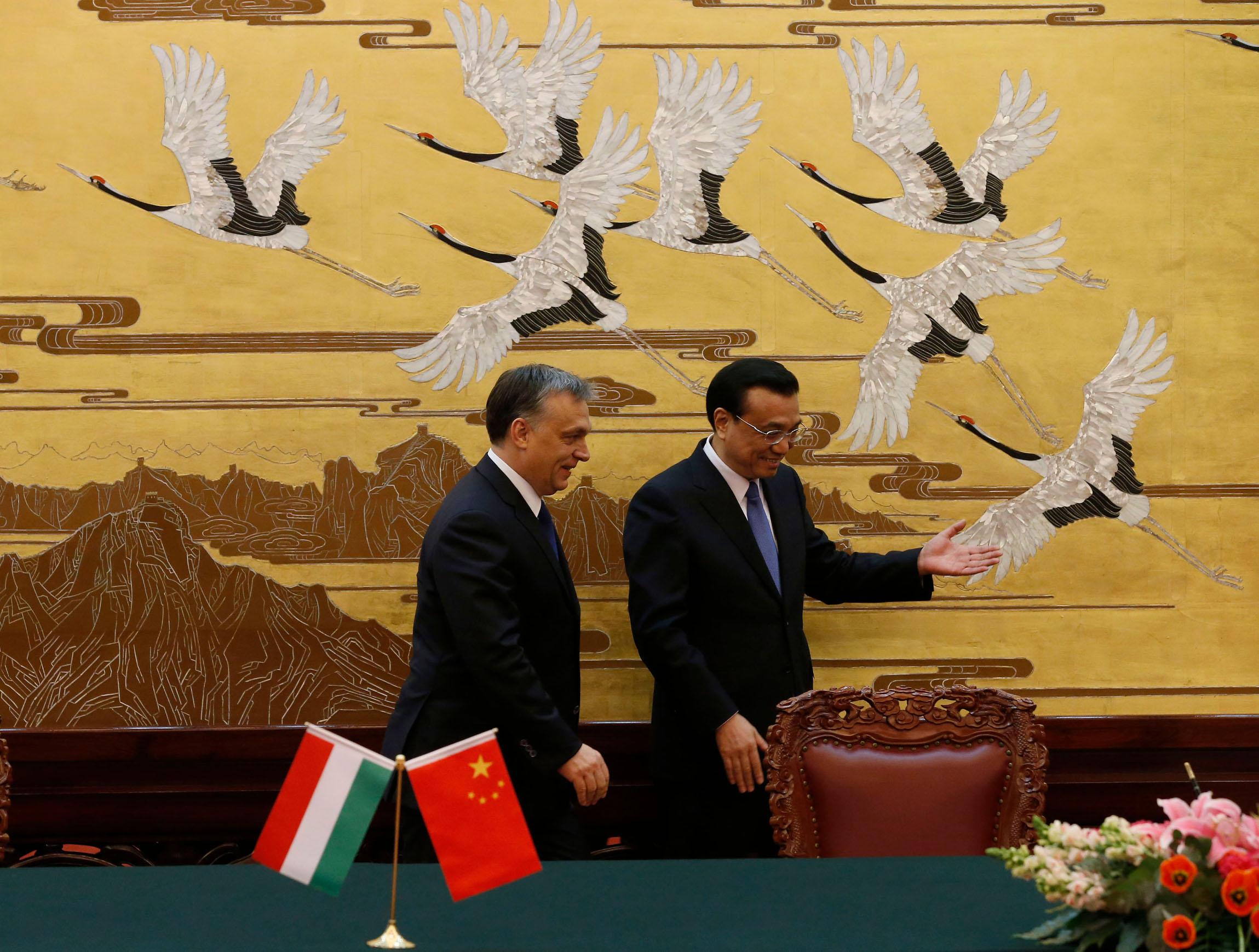Kineski premijer Li Keqiang u pratni mađarskog premijera Viktora Orbana