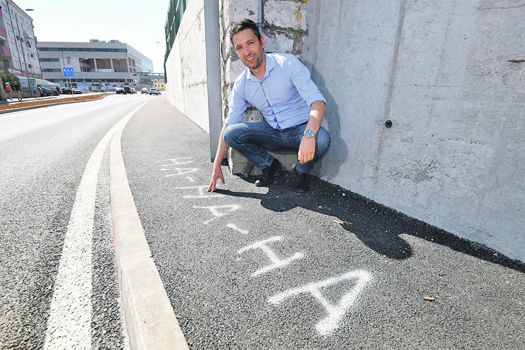 Zadar, 210619. Erol Gasi, SDP-ov gradski vijecnik danas je obisao ulicu Nikole Subica Zrinskog. Foto: Jure Miskovic / CROPIX