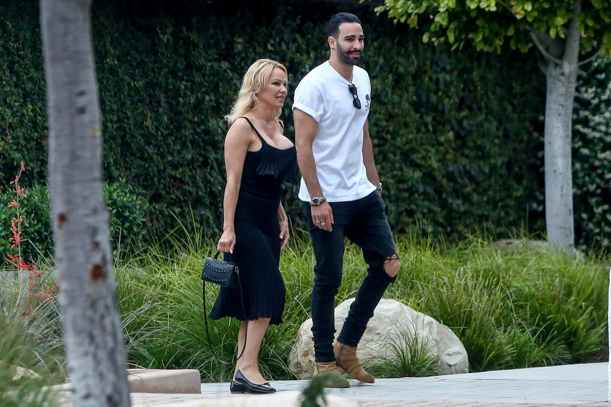 *EXCLUSIVE* Malibu, CA  - Happy couple Pamela Anderson and Adil Rami out and about in Malibu.  *UK Clients - Pictures Containing Children Please Pixelate Face Prior To Publication*, Image: 445624140, License: Rights-managed, Restrictions: , Model Release: no, Credit line: Profimedia, Backgrid USA