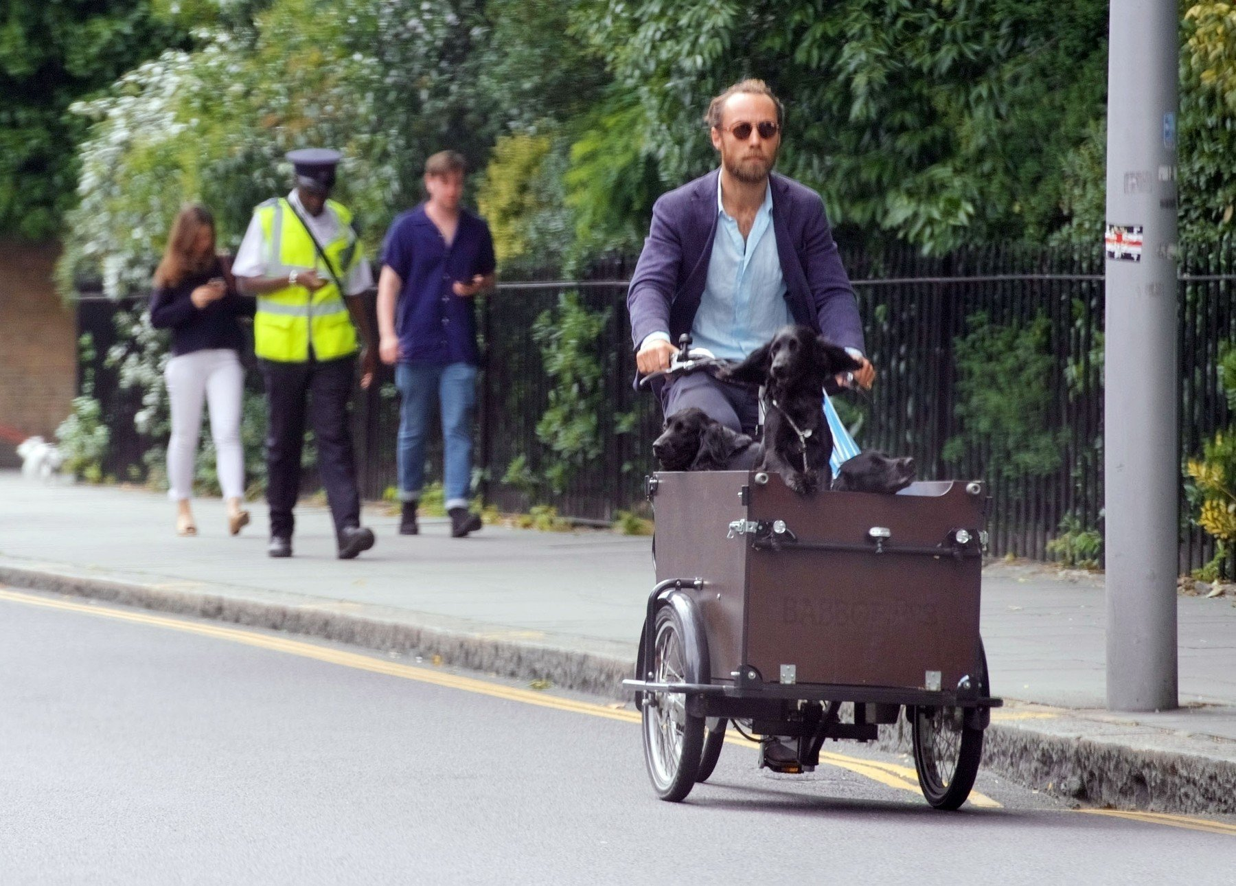 London, UNITED KINGDOM  - *EXCLUSIVE*  - Kate Middleton, Duchess of Cambridge younger brother James Middleton runs his daily errands with his dogs. They seemed to enjoy the ride peering out over the side, probably doing a bit of window shopping after copying James's sisters Kate & Pippa!  *UK Clients - Pictures Containing Children Please Pixelate Face Prior To Publication*, Image: 442890571, License: Rights-managed, Restrictions: RIGHTS: WORLDWIDE EXCEPT IN ITALY, Model Release: no, Credit line: Profimedia, Backgrid UK