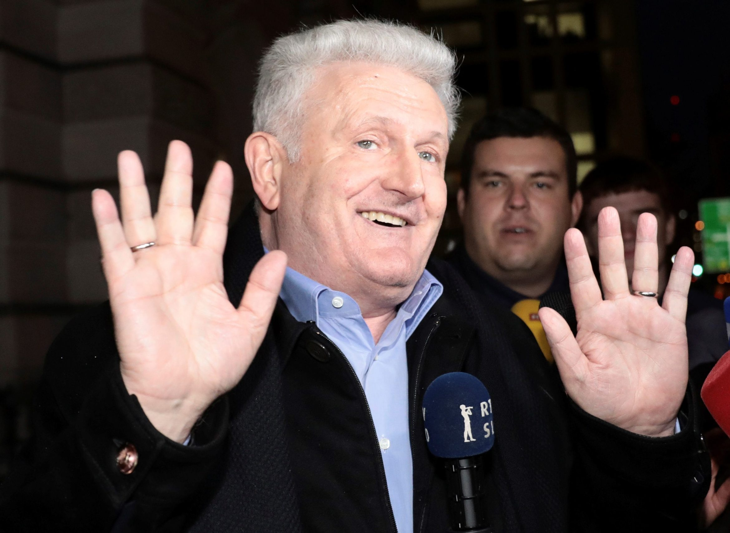 Ivica Todorić snimljen ispred suda u Londonu