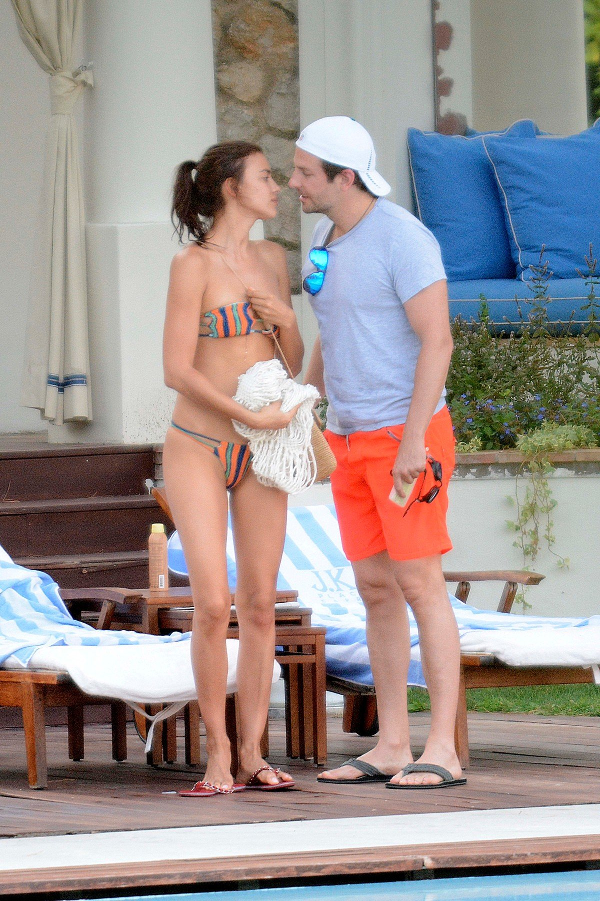 13.AUG.2015 - CAPRI - ITALY  ***EXCLUSIVE ALL ROUND PICTURES  ***  ***NOT AVAILABLE FOR ITALY OR FRANCE SALES***  LOVED UP COUPLE BRADLEY COOPER AND MODEL GIRLFRIEND IRINA SHAYK PICTURED CANOODLING AND SMOOCHING WHILE ENJOYING THEIR SUMMER HOLIDAY TOGETHER IN CAPRI, ITALY., Image: 256280668, License: Rights-managed, Restrictions: ***EXCLUSIVE ALL ROUND PICTURES  *** ***NOT AVAILABLE FOR ITALY OR FRANCE SALES*** **UK CLIENTS MUST CALL PRIOR TO TV OR ONLINE USAGE PLEASE TELEPHONE 44 208 370 0291**, Model Release: no, Credit line: Profimedia, Backgrid UK
