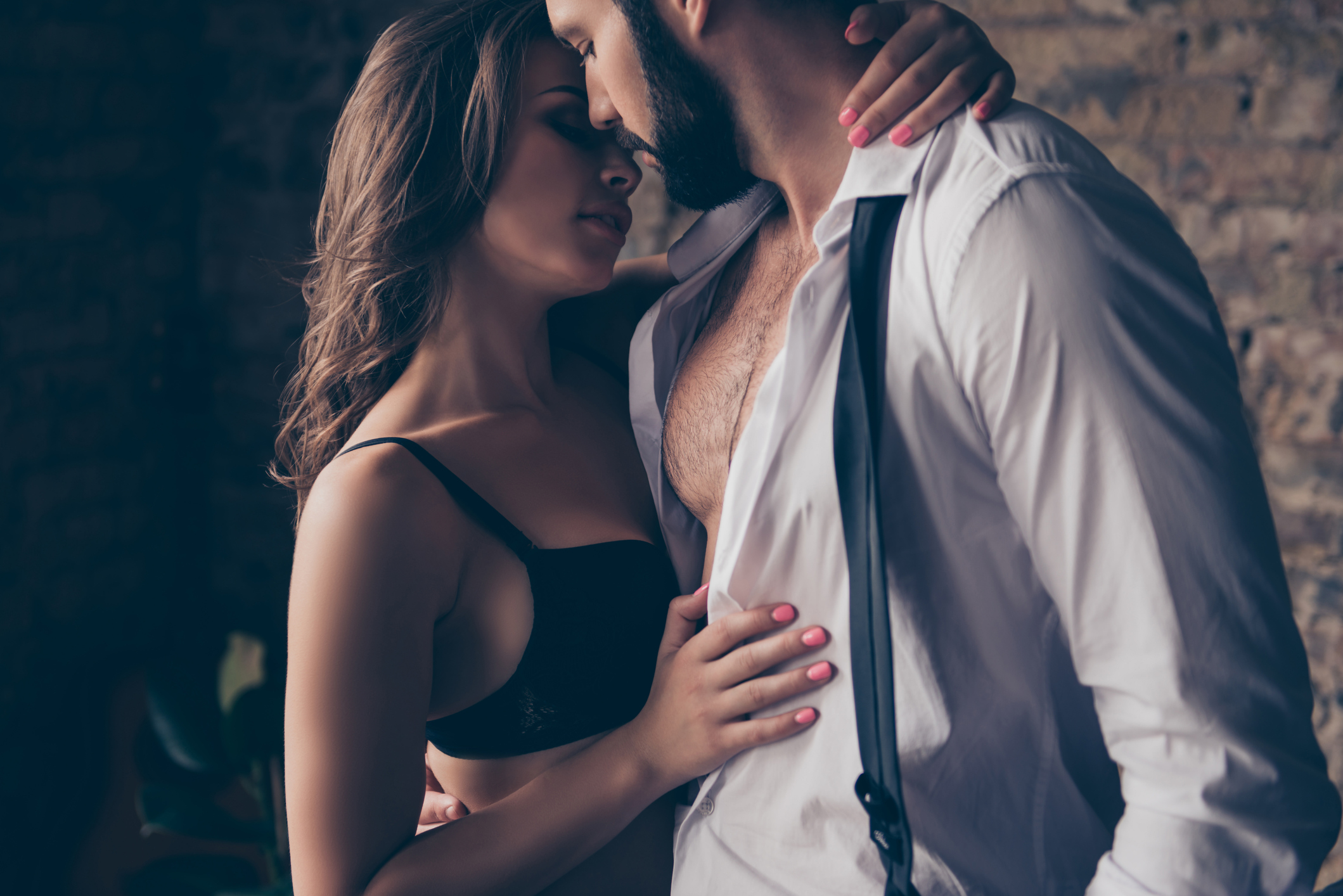 Uzročnici spolno prenosivih bolesti - virusi, bakterije, gljive, paraziti - mogu se prenijeti s kliconoše, naoko zdrave inficirane osobe, na nezaraženog spolnog partnera