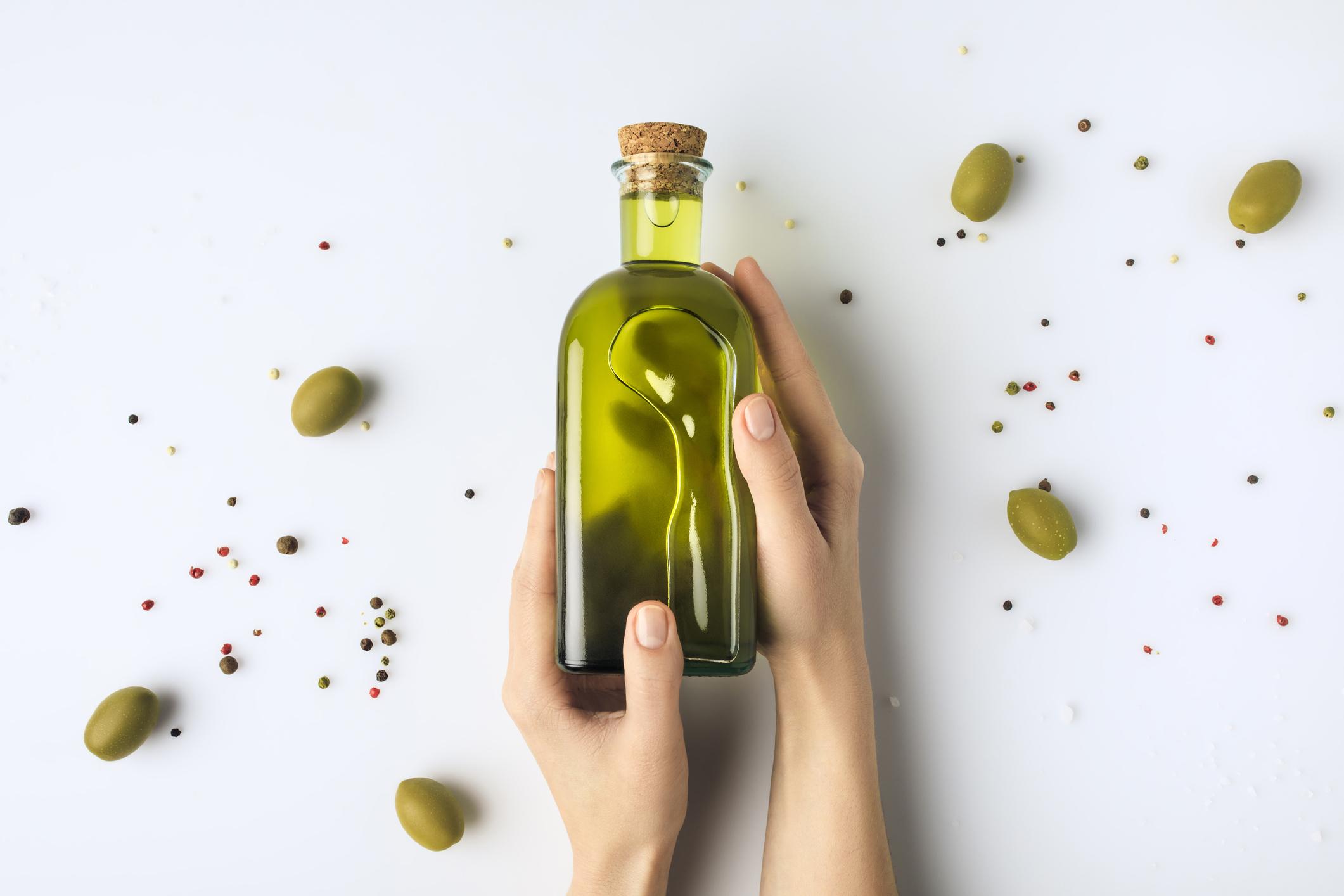 Većina nutricionističkih vrijednosti koje povezujemo s maslinovim uljem, poput omega-3 masnih kiselina, uništava se tijekom procesa zagrijavanja.