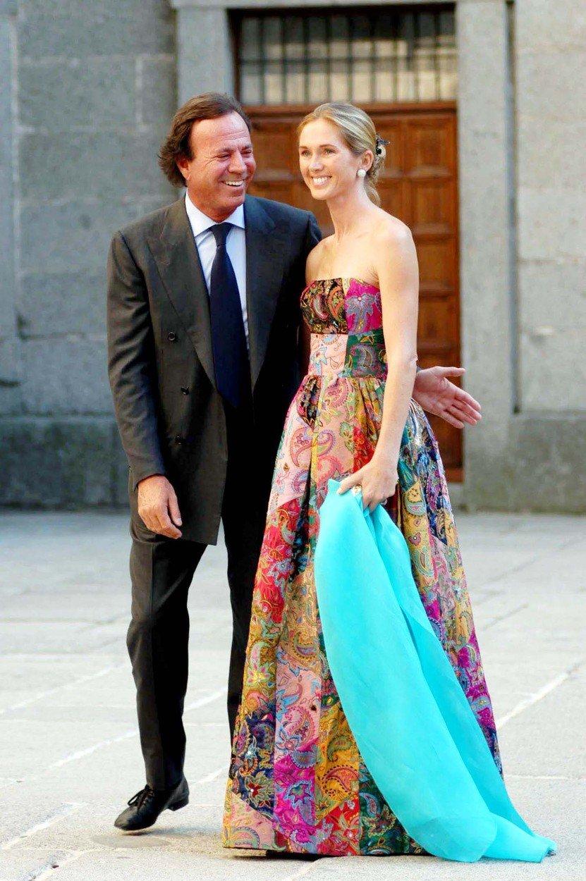 Julio Iglesias sa suprugom Mirandom Rijnsburger
