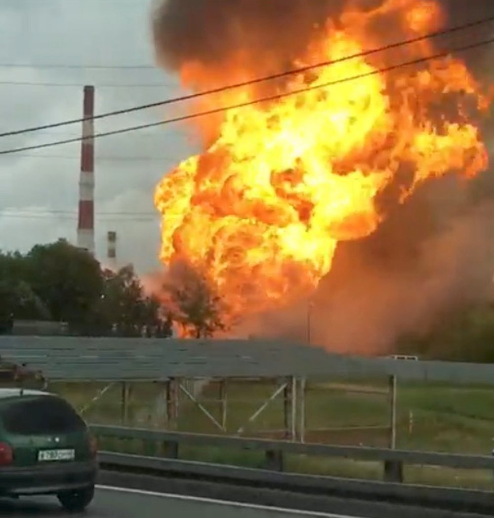 A still image taken from a video footage shows the fire at an electricity generating power station in the Moscow region, Russia July 11, 2019. Instagram/almazov88 via REUTERS THIS IMAGE HAS BEEN SUPPLIED BY A THIRD PARTY. MANDATORY CREDIT. NO RESALES. NO ARCHIVES.