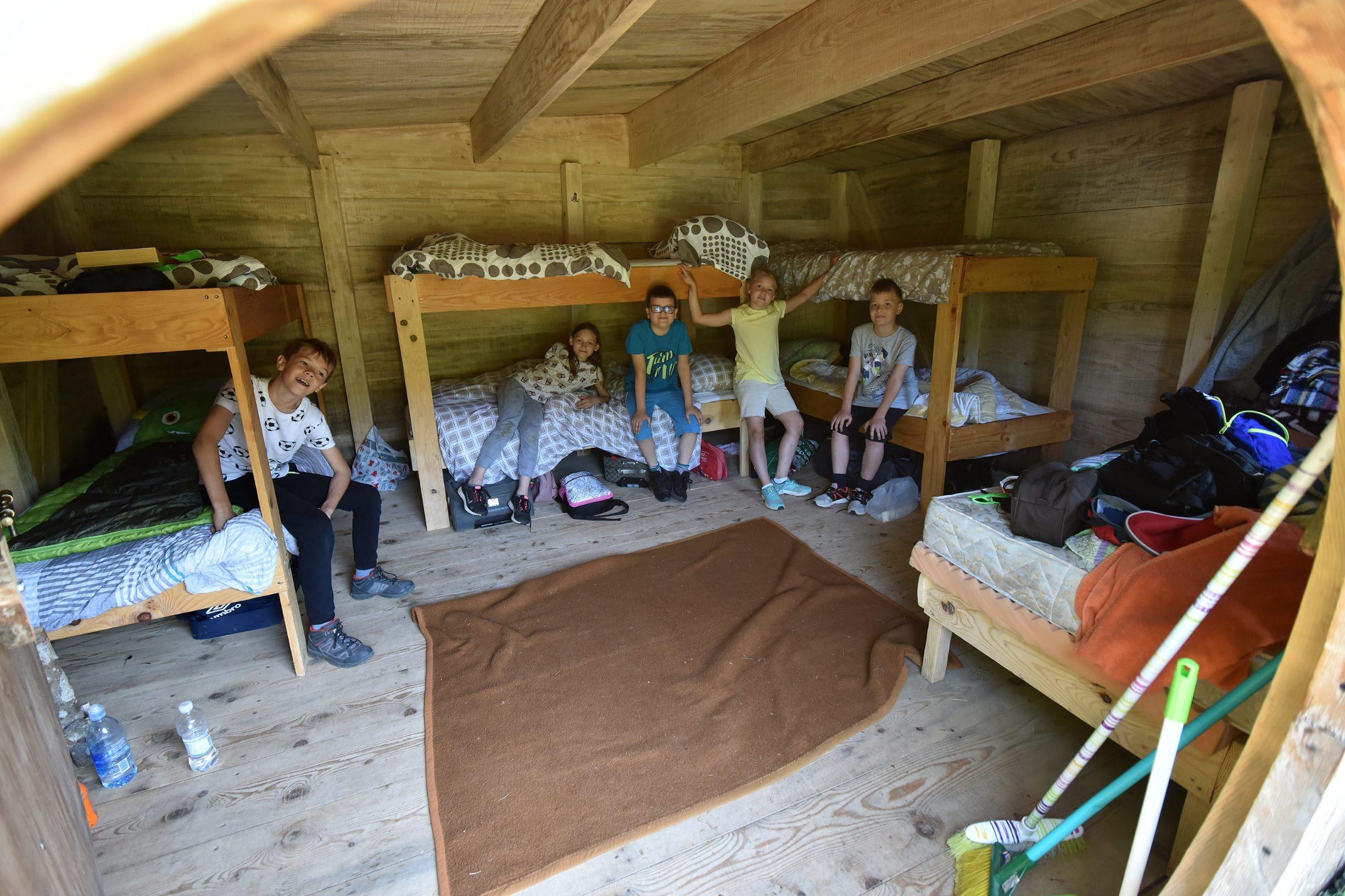 Baske ostarije, 250619. Reportaza iz Kampa Velebit za djecu izvidjace. Foto: Luka Gerlanc / CROPIX