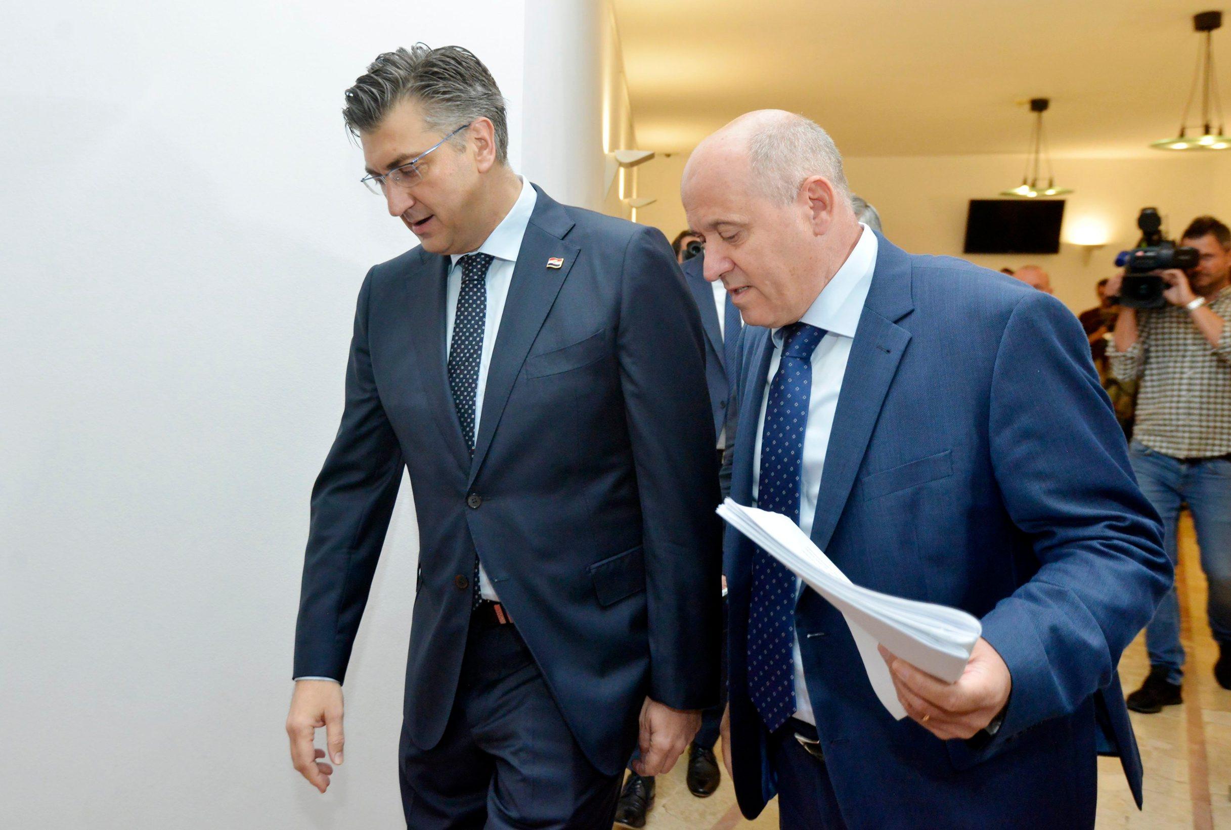 Andrej Plenkovic i Branko Bačić dolaze na sjednicu