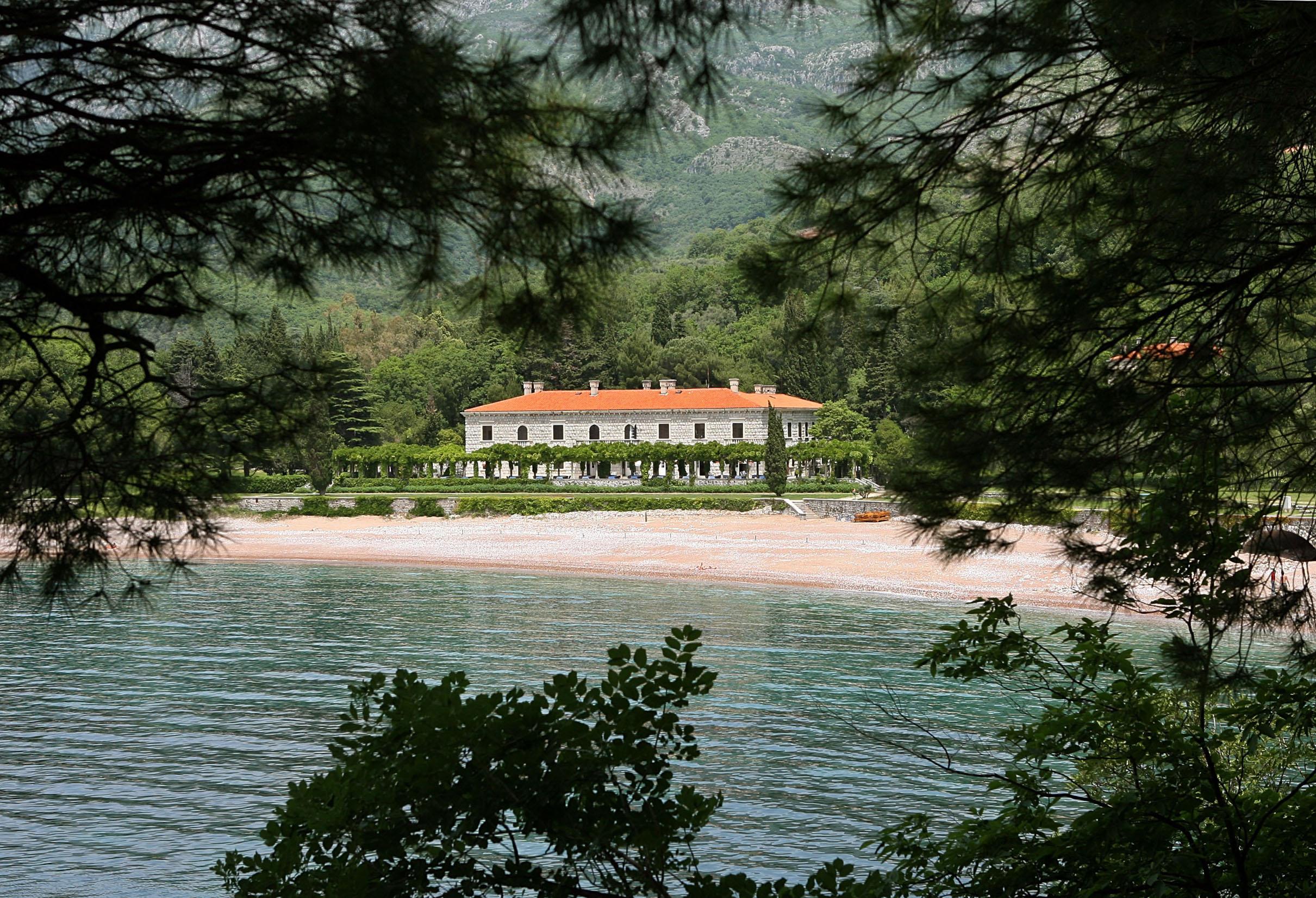 Resort Milocer u blizini Budve