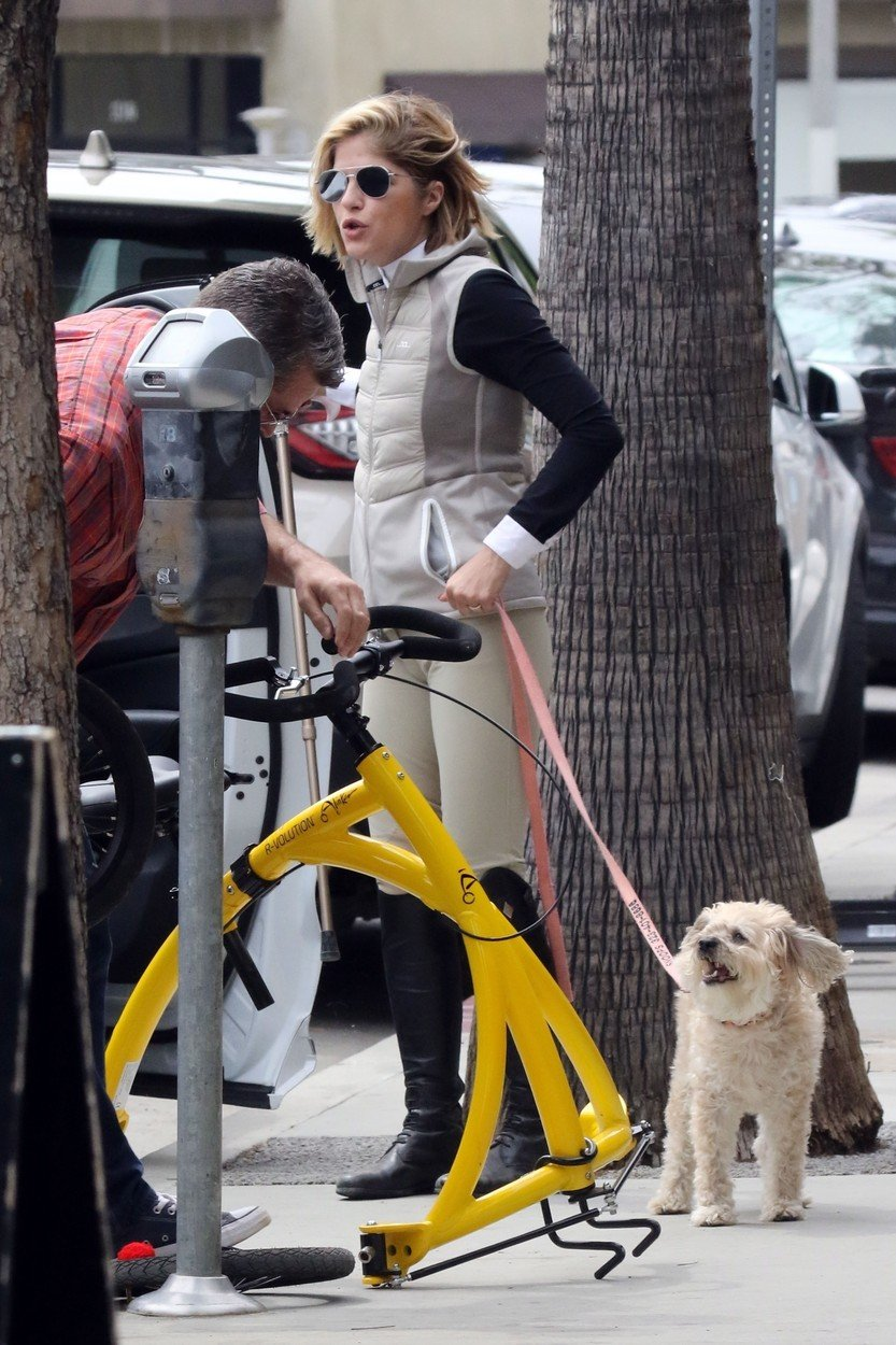 Los Angeles, CA  - Selma Blair rides her Alinker walking bike while out on a coffee run to Alfred Coffee with her boyfriend David Price and their dog.  Pictured: Selma Blair  BACKGRID USA 18 MAY 2019, Image: 434546469, License: Rights-managed, Restrictions: , Model Release: no, Credit line: Profimedia, Backgrid USA