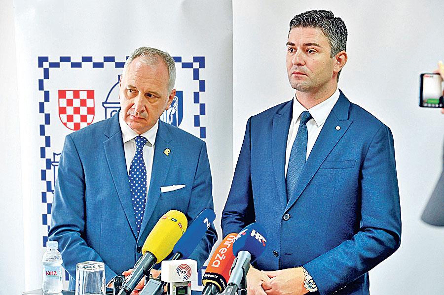 Andro Krstulović Opara (lijevo) i Mato Franković (desno)