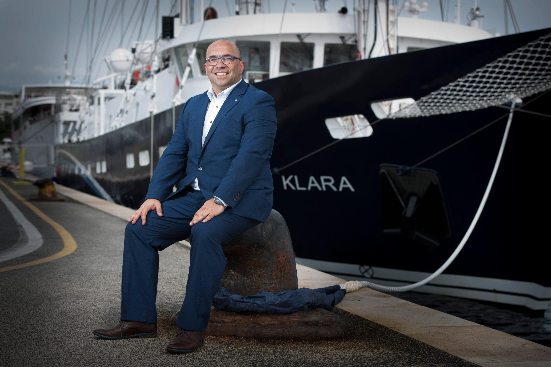 Direktor tvrtke DIV cruiser Robert Sedlar, jedrenjak Klara s tri jarbola u vlasništvu tvrtke BrodoSplit Plovidba