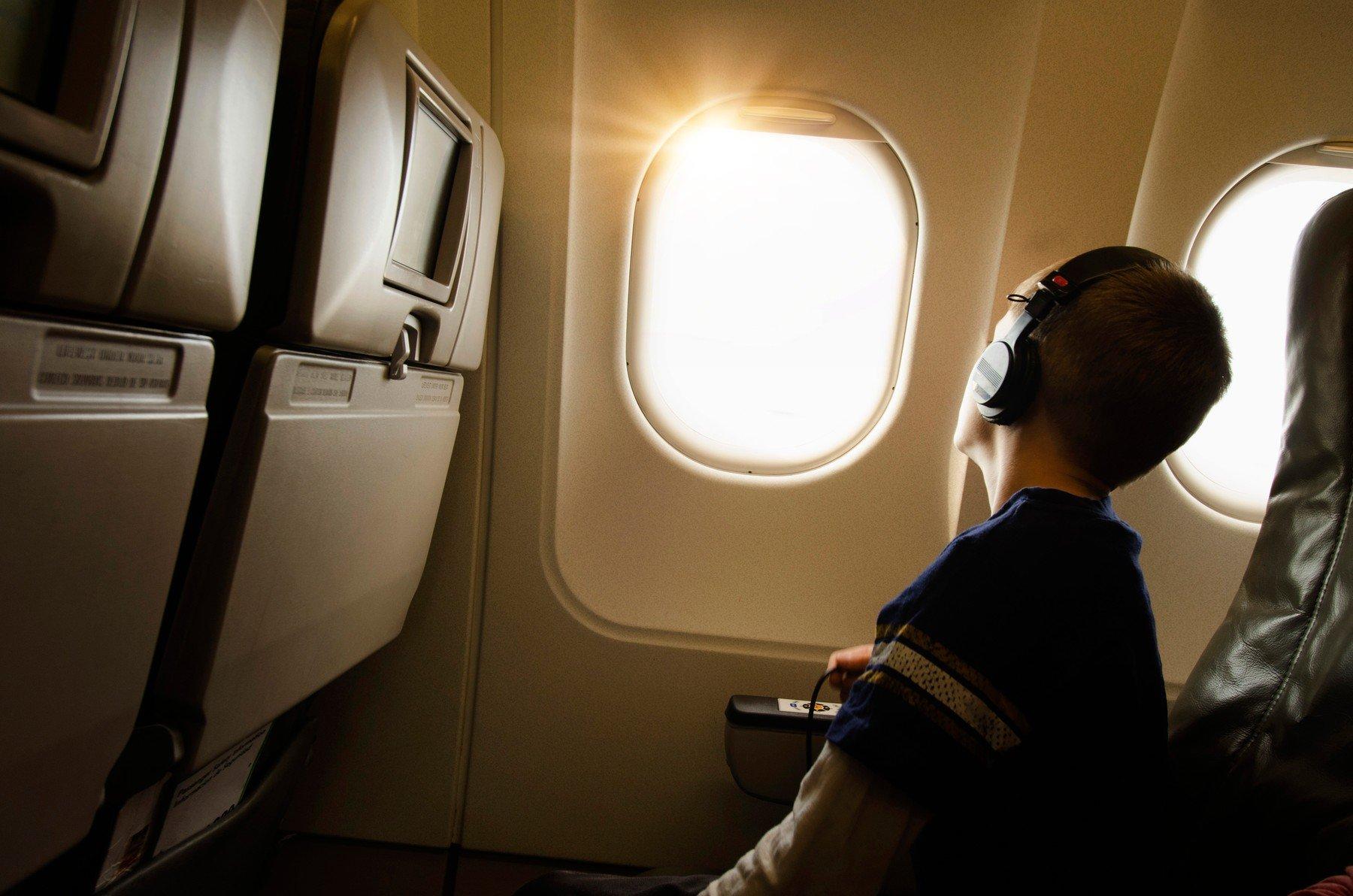 Dječak u avionu, ilustracija