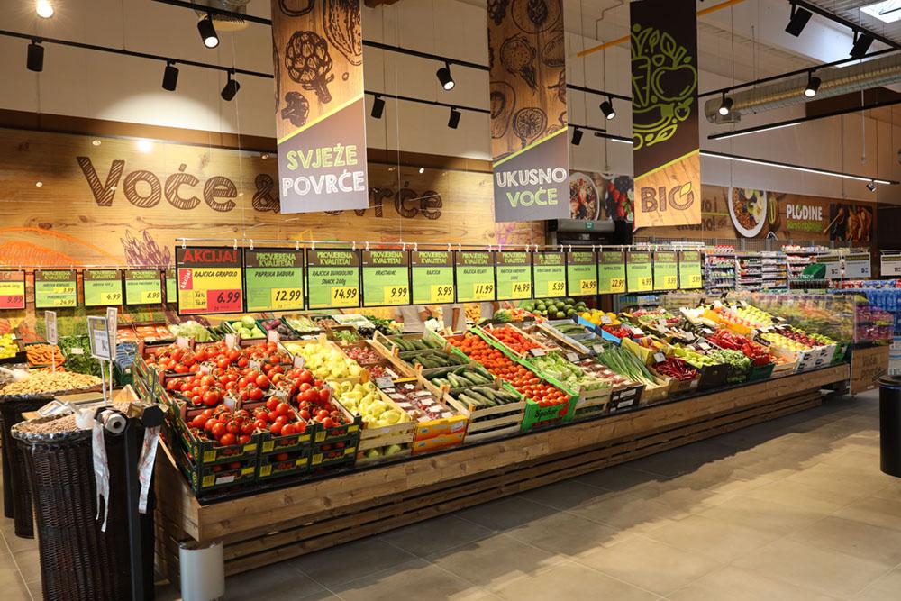 Unutrašnjost novog supermarketa u Tar-Vabrigi