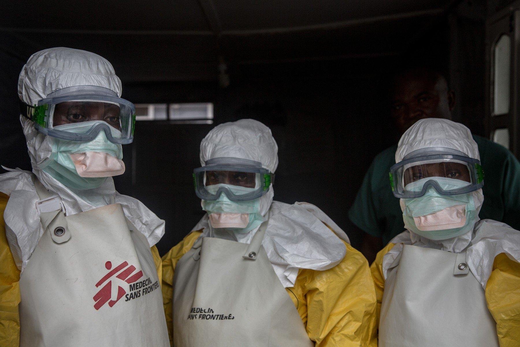 Medicinski djelatnici koji se bore protiv ebole u Gomi